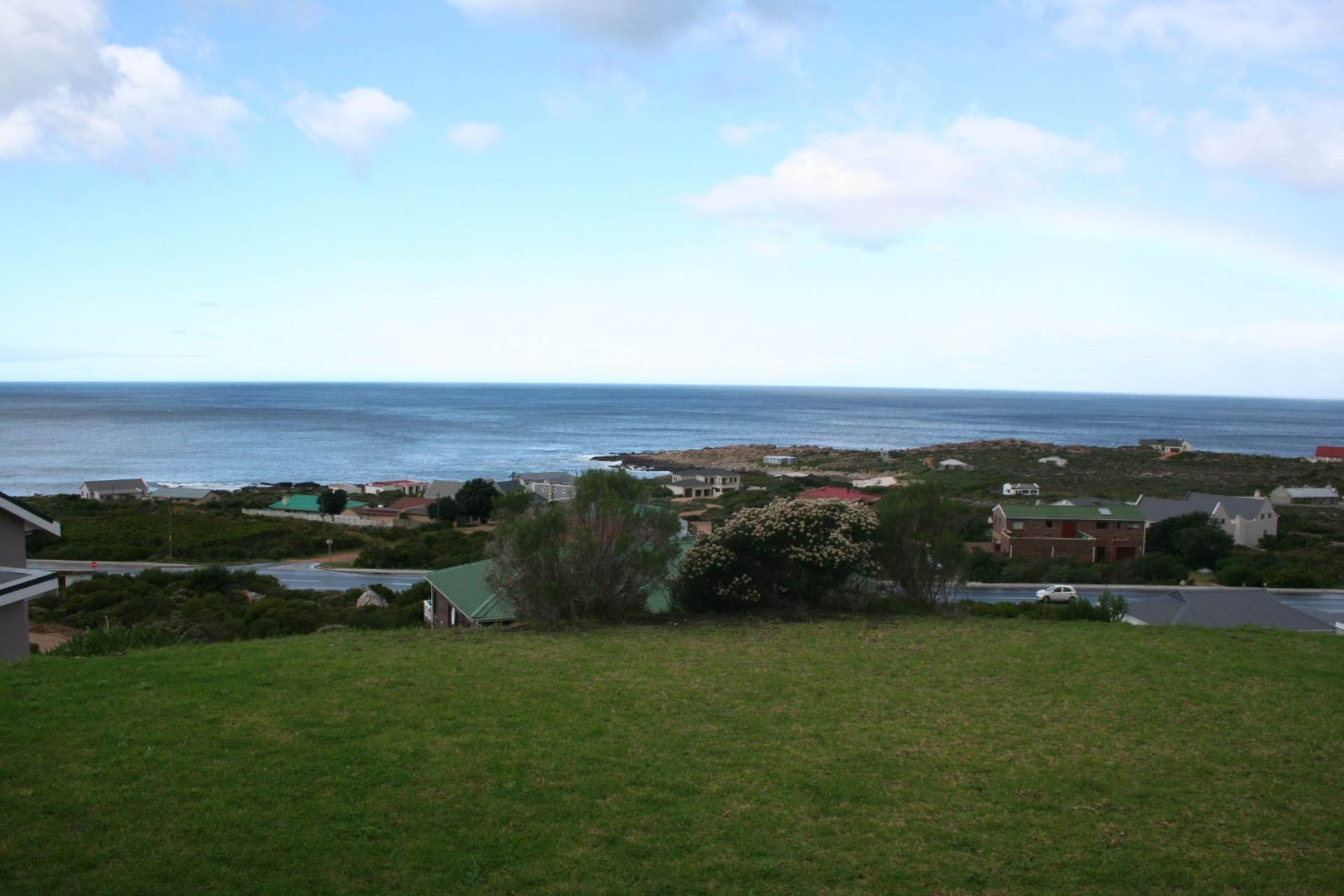 House For Sale In Bettys Bay, Bettys Bay, Western Cape for R 2,500,000