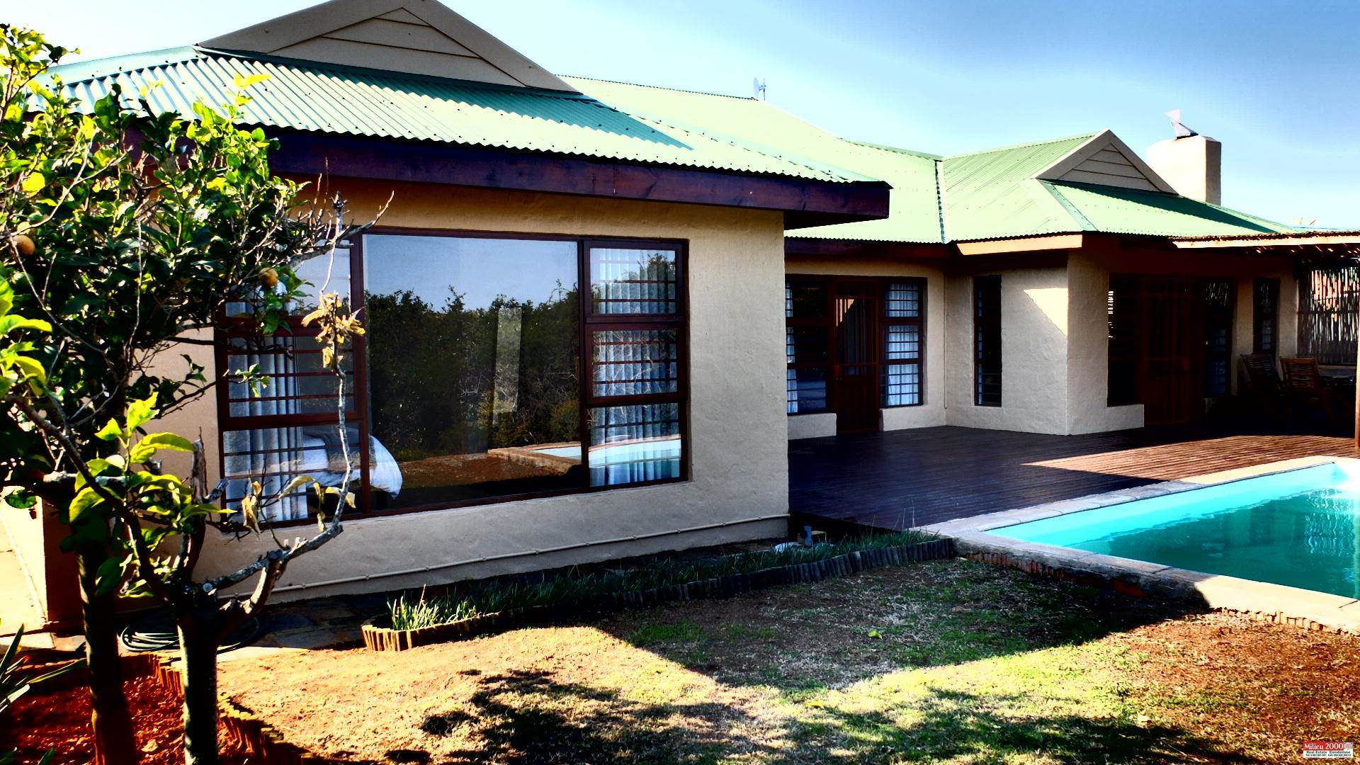 House For Sale: WAVE CREST, JEFFREYS BAY (Bath : 2.0 - Beds : 3.0 - This beautiful home has been designed to complement the modern-day lifestyle and is ideal for the en ...