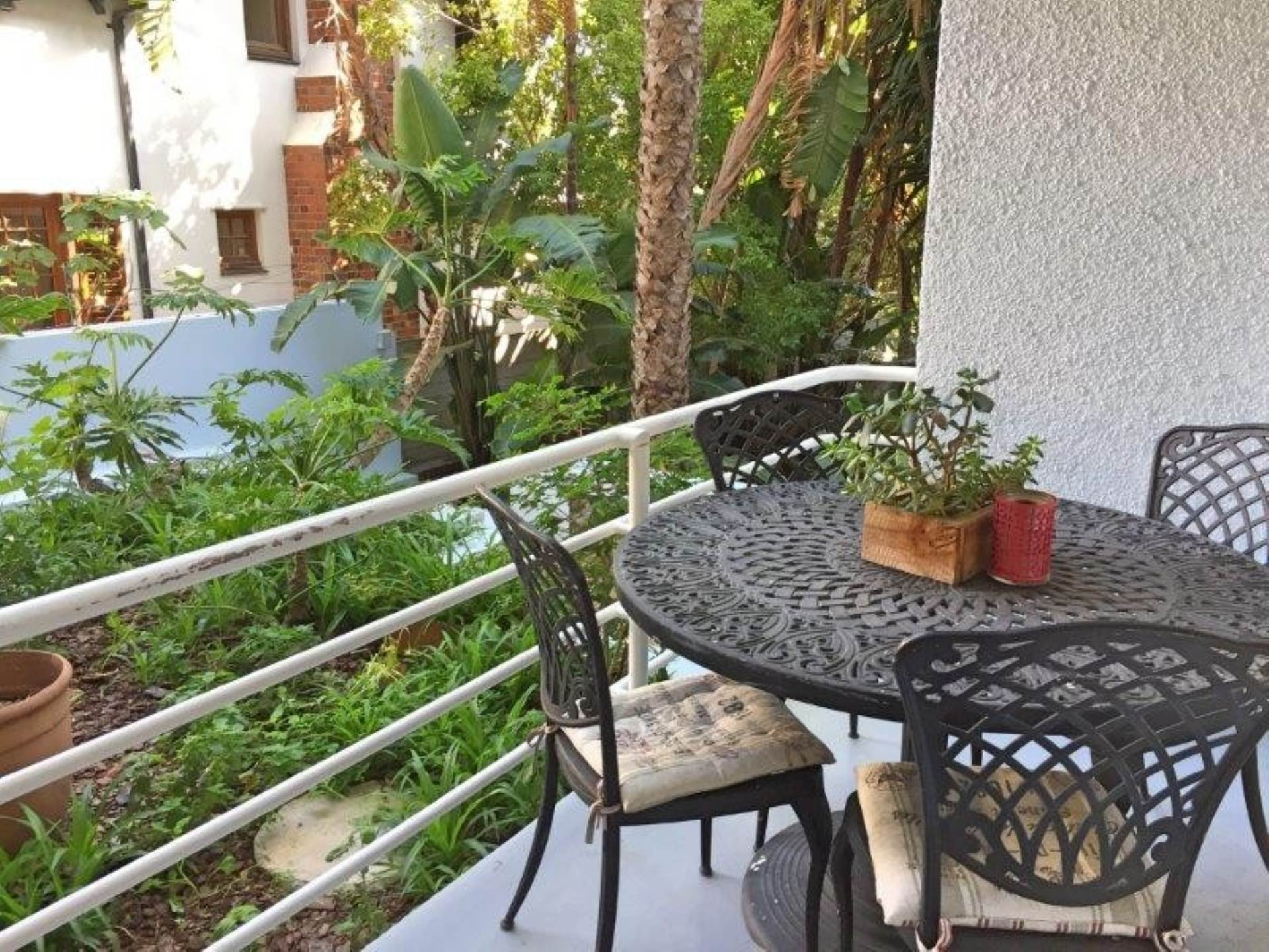 Apartment pending sale in three anchor bay cape town western cape for r 1995000