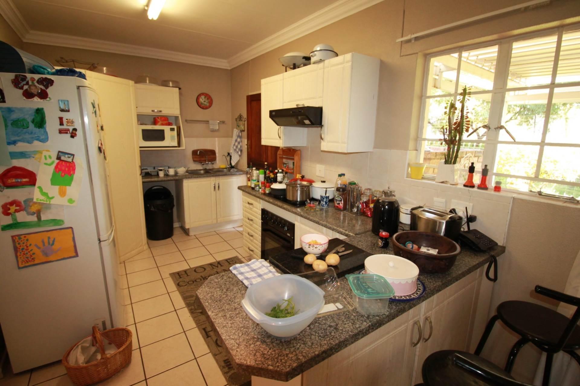 Retirement Village For Sale In Ninapark, Akasia, Gauteng for R 780,000