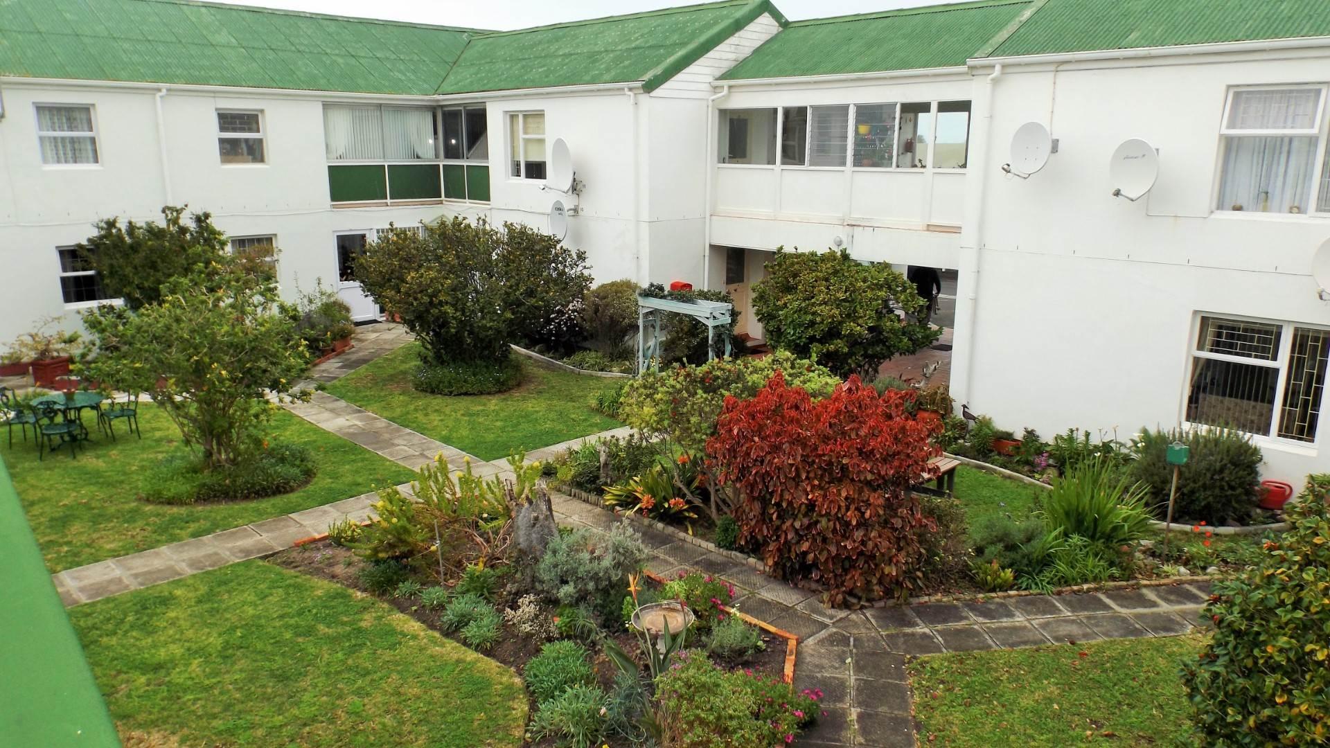 Retirement Village Pending Sale In Westcliff, Hermanus