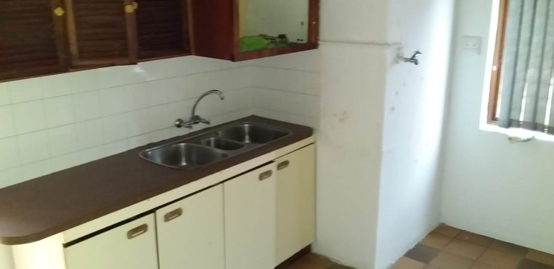 Flat To Rent In Central, Empangeni, Kwazulu Natal for R