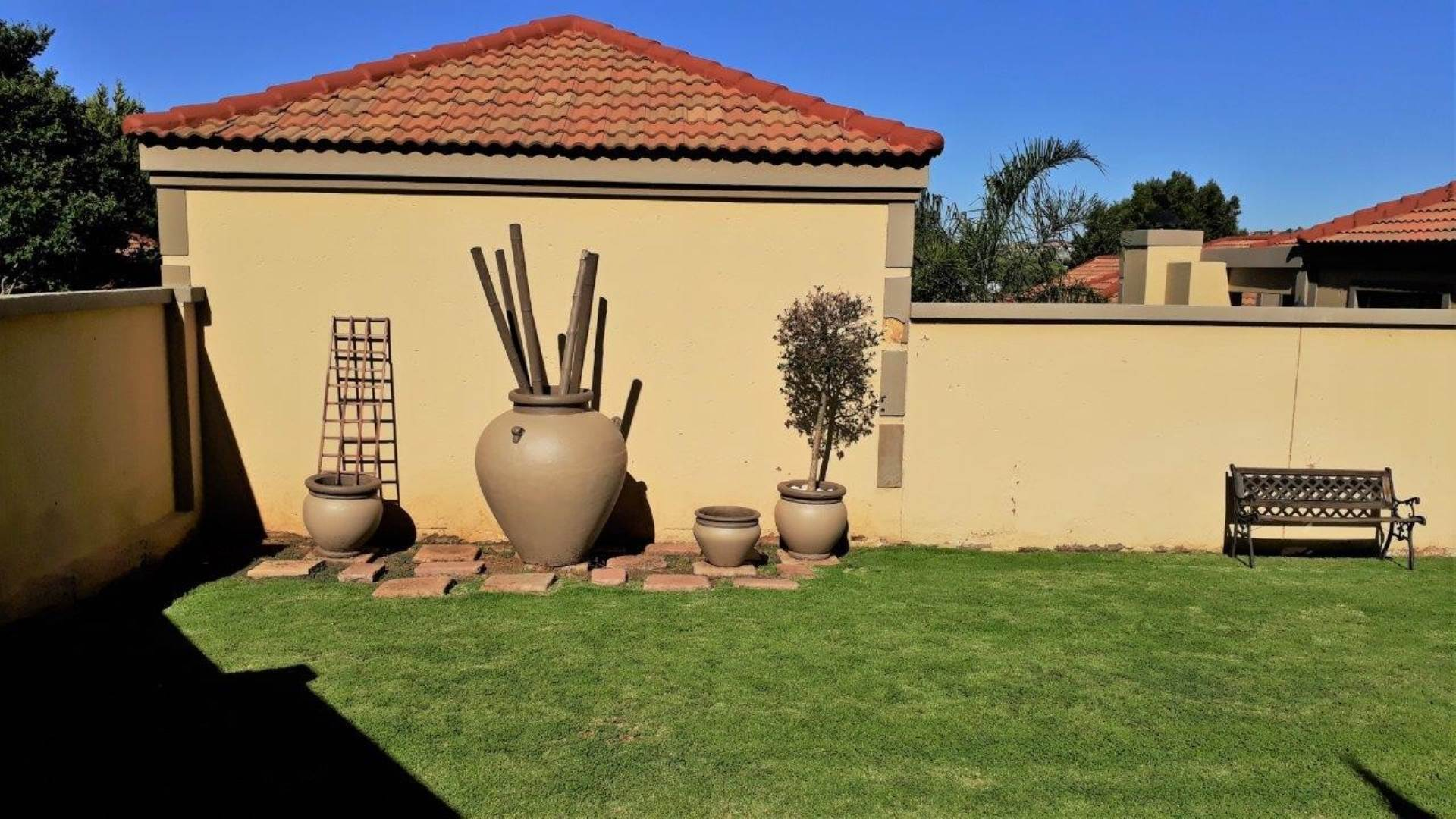 Townhouse For Sale In Homes Haven, Krugersdorp, Gauteng for R 1,495,000