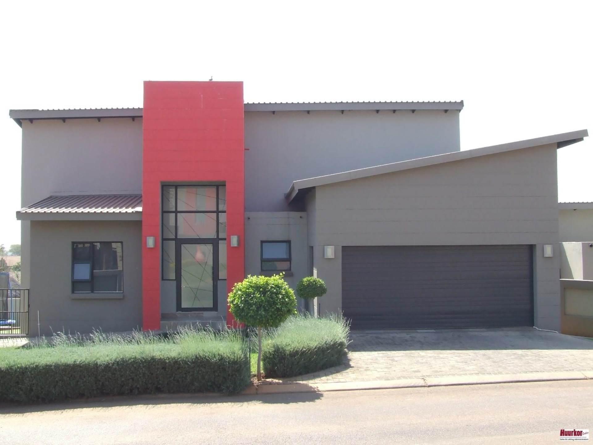 House For Sale In Magalieskruin, Pretoria, Gauteng for R