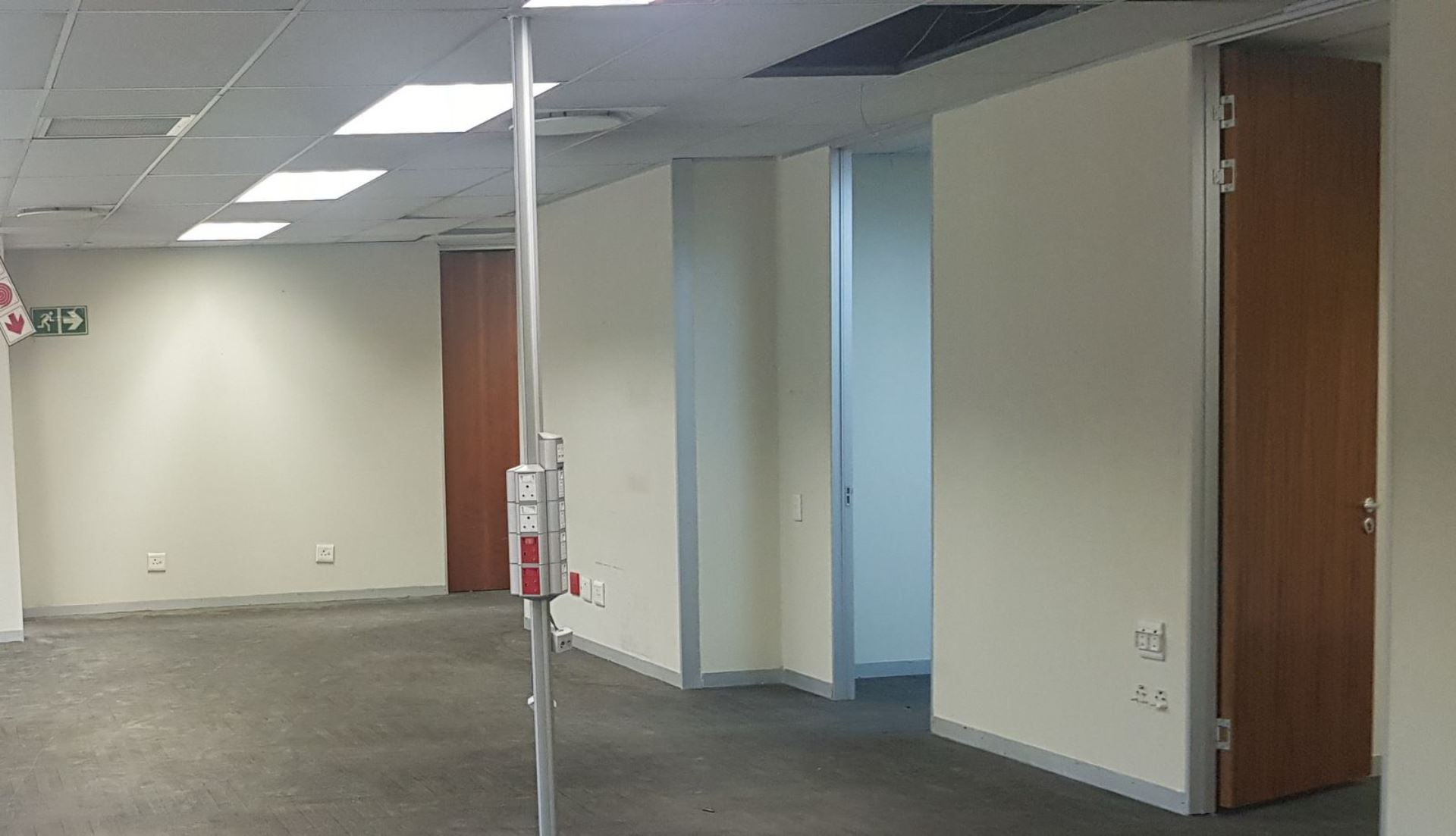 643 m2 Office To let In Pretoria