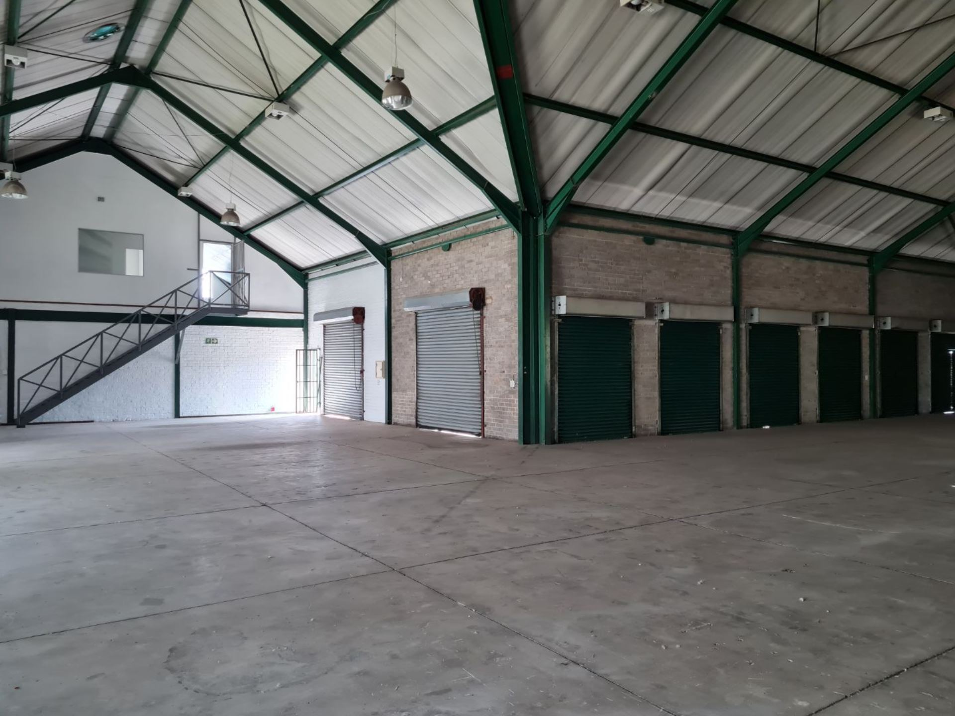 Warehouse to let in Midrand