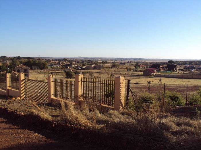 Rietvlei View Country Estate property for sale. Ref No: 13534577. Picture no 2