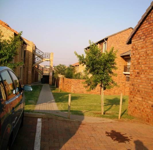 Centurion, Eco Park Property    Houses To Rent Eco Park, ECO PARK, Flats 2 bedrooms property to rent Price:,  6,05*