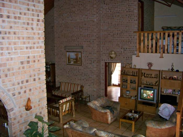10 Bedroom House for sale in Machadodorp 566449 : photo#38