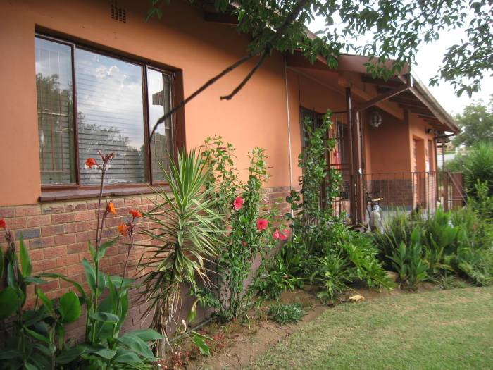 3 Bedroom House for sale in Machadodorp 580395 : photo#16