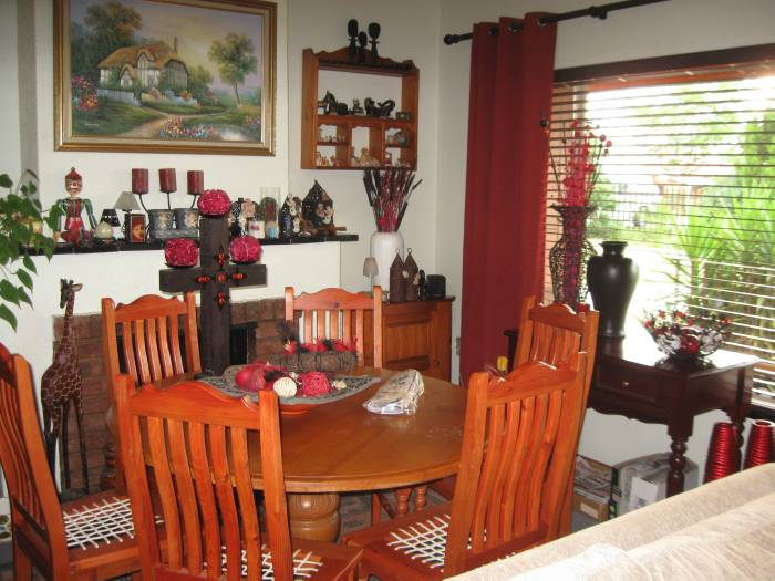 3 Bedroom House for sale in Machadodorp 580395 : photo#4