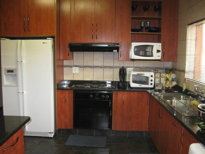 3 Bedroom House for sale in Machadodorp 580395 : photo#7