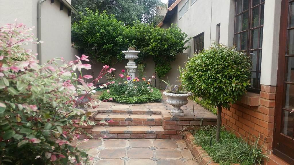 Pretoria, Faerie Glen Property  | Houses To Rent Faerie Glen, FAERIE GLEN, Townhouse 2 bedrooms property to rent Price:,  9,00*