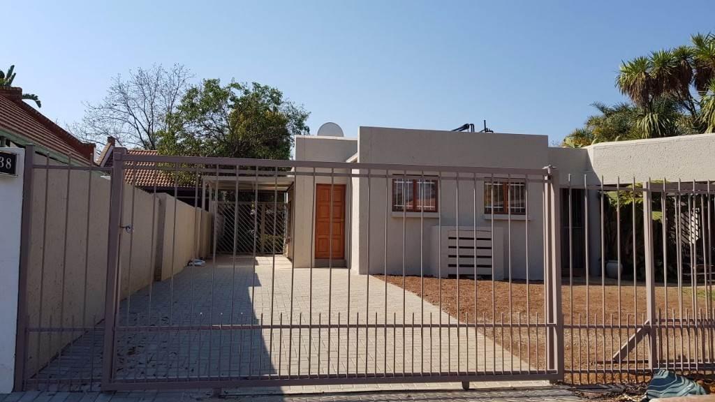 Pretoria, Moreleta Park Property    Houses To Rent Moreleta Park, MORELETA PARK, Flats 1 bedrooms property to rent Price:,  6,00*