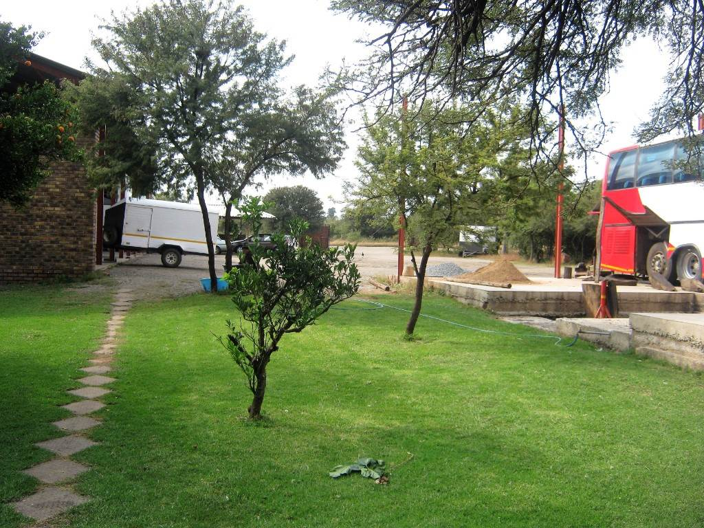 Onderstepoort A H for sale property. Ref No: 13534754. Picture no 5