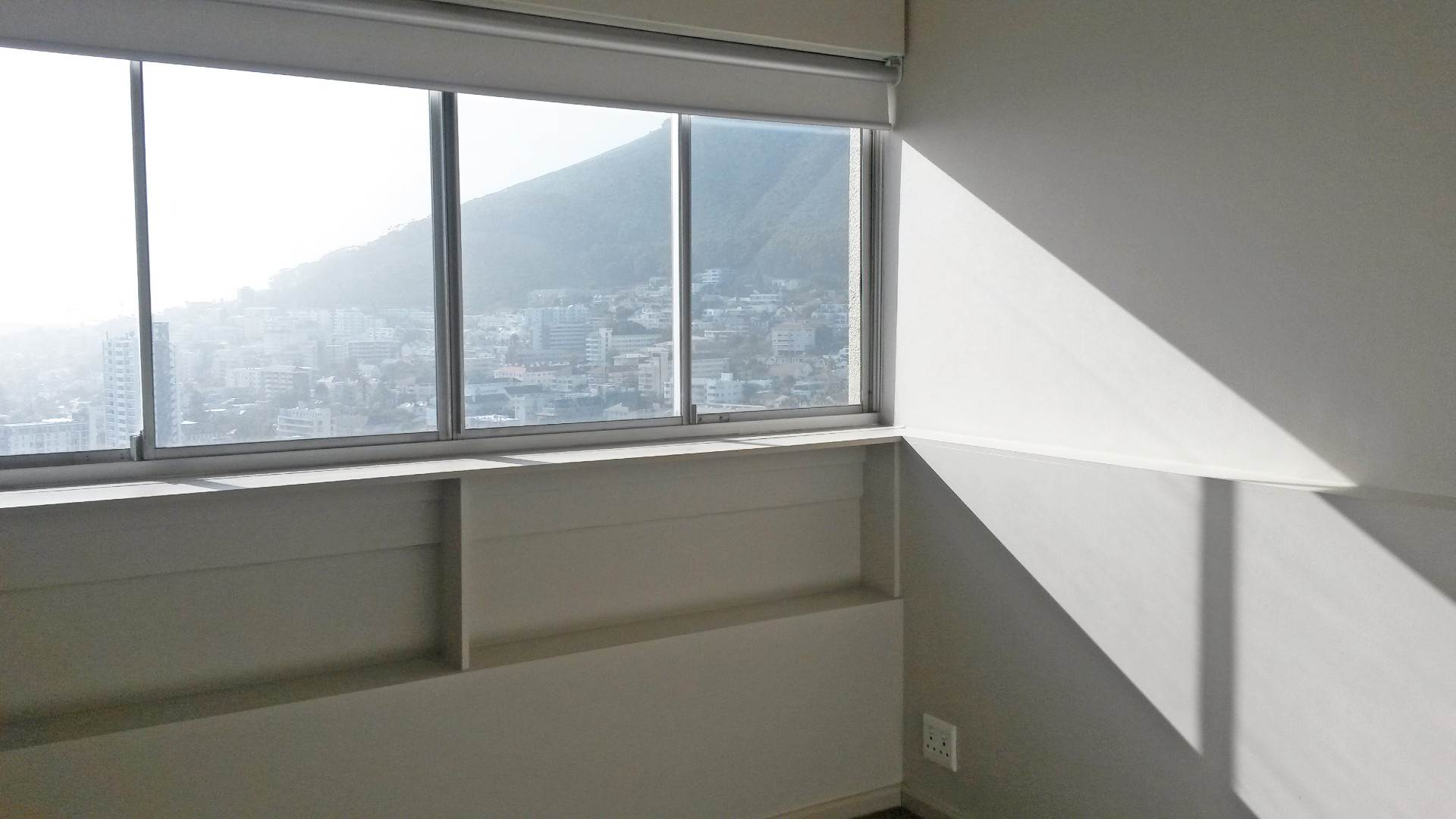 Sea Point property to rent. Ref No: 13534821. Picture no 5