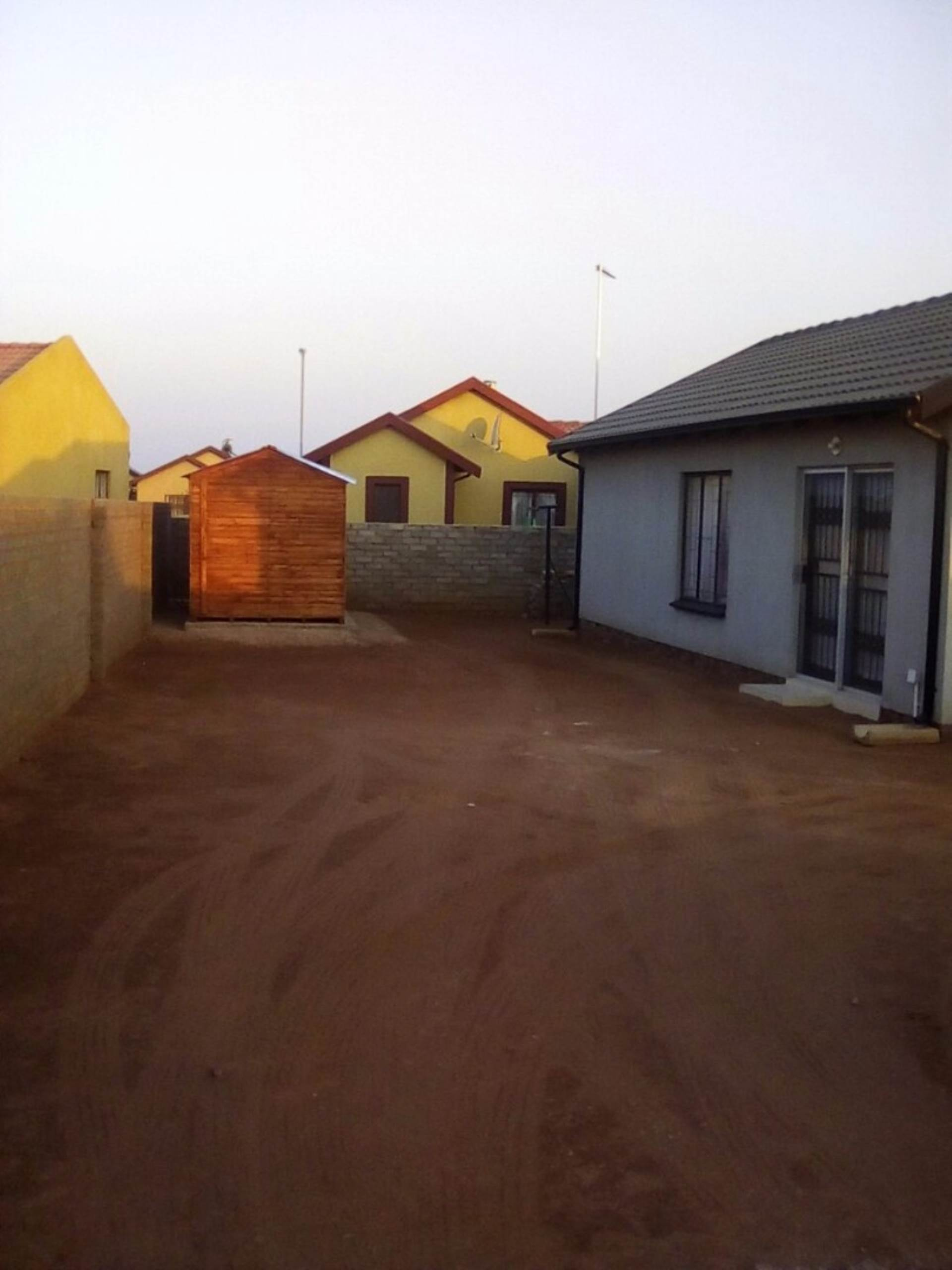 Soshanguve East property for sale. Ref No: 13534132. Picture no 21