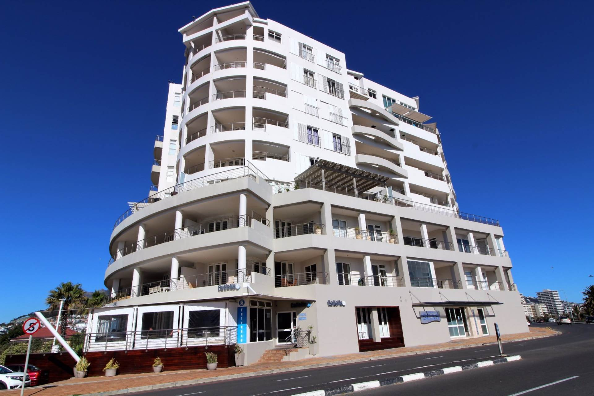 Cape Town, Mouille Point Property  | Houses To Rent Mouille Point, MOUILLE POINT, Apartment 2 bedrooms property to rent Price:, 25,00*
