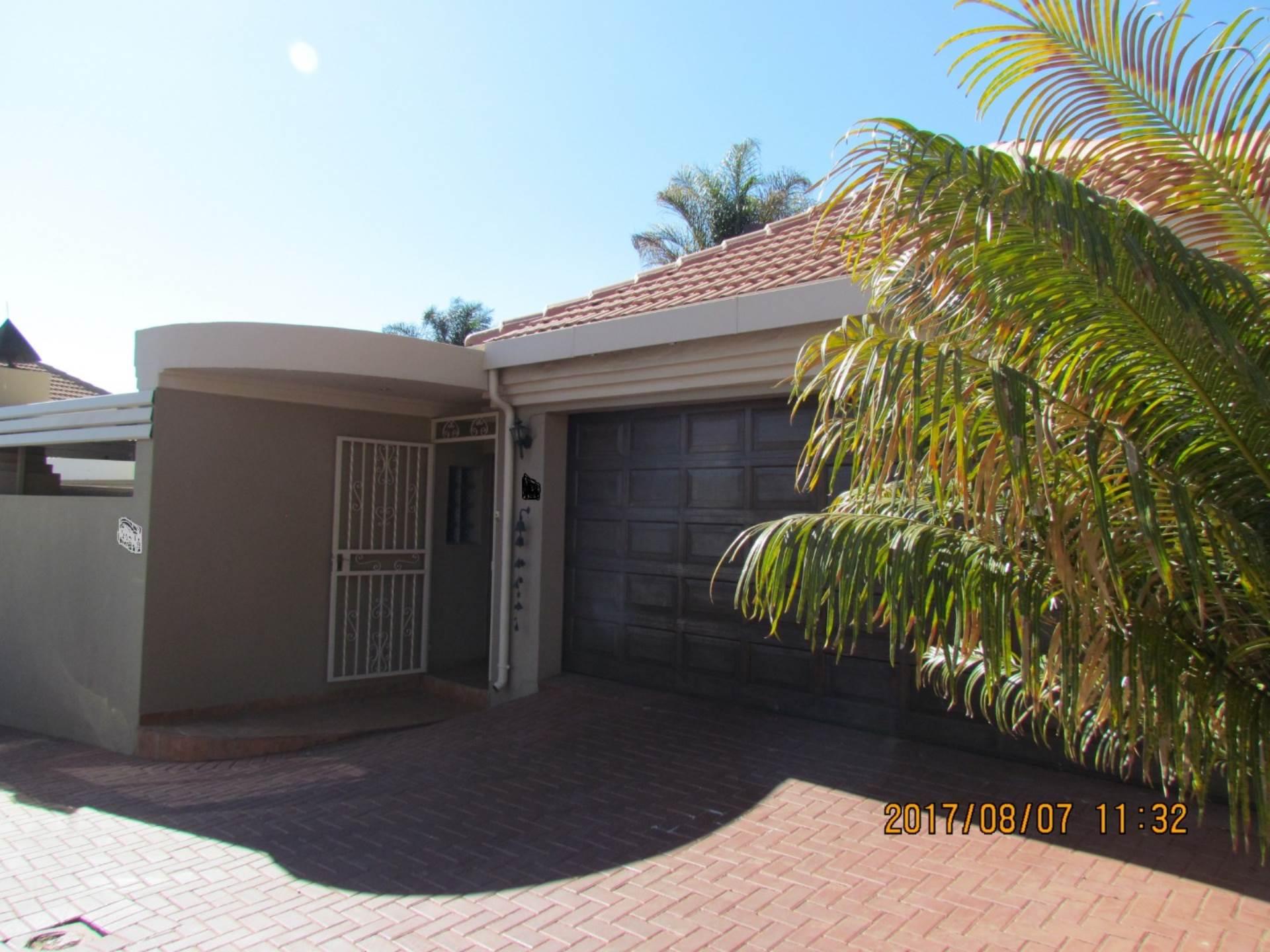 Pretoria, Rietvalleirand And Ext Property    Houses For Sale Rietvalleirand And Ext, RIETVALLEIRAND and EXT, Cluster 3 bedrooms property for sale Price:1,695,000