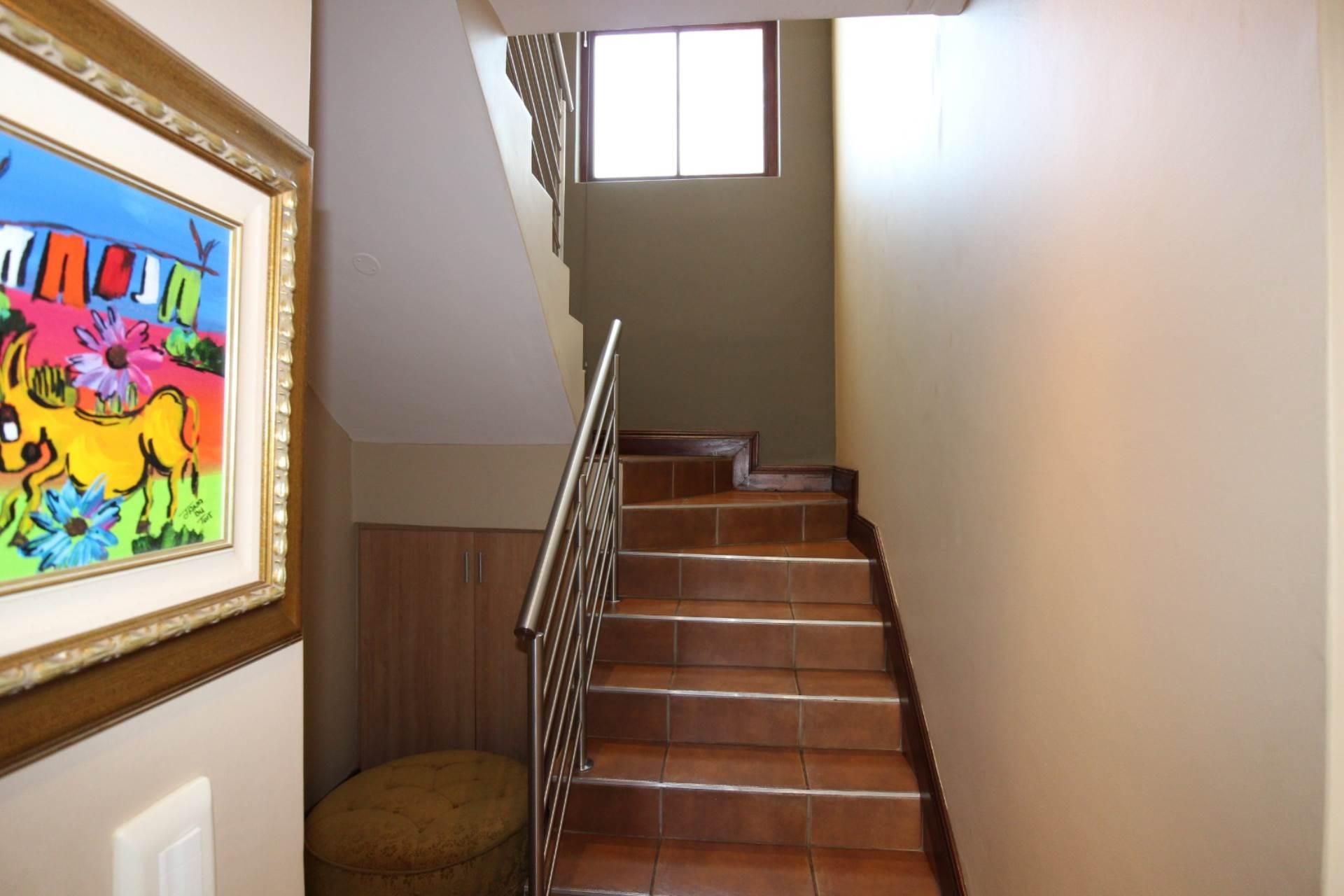 Silver Stream property for sale. Ref No: 13534544. Picture no 16