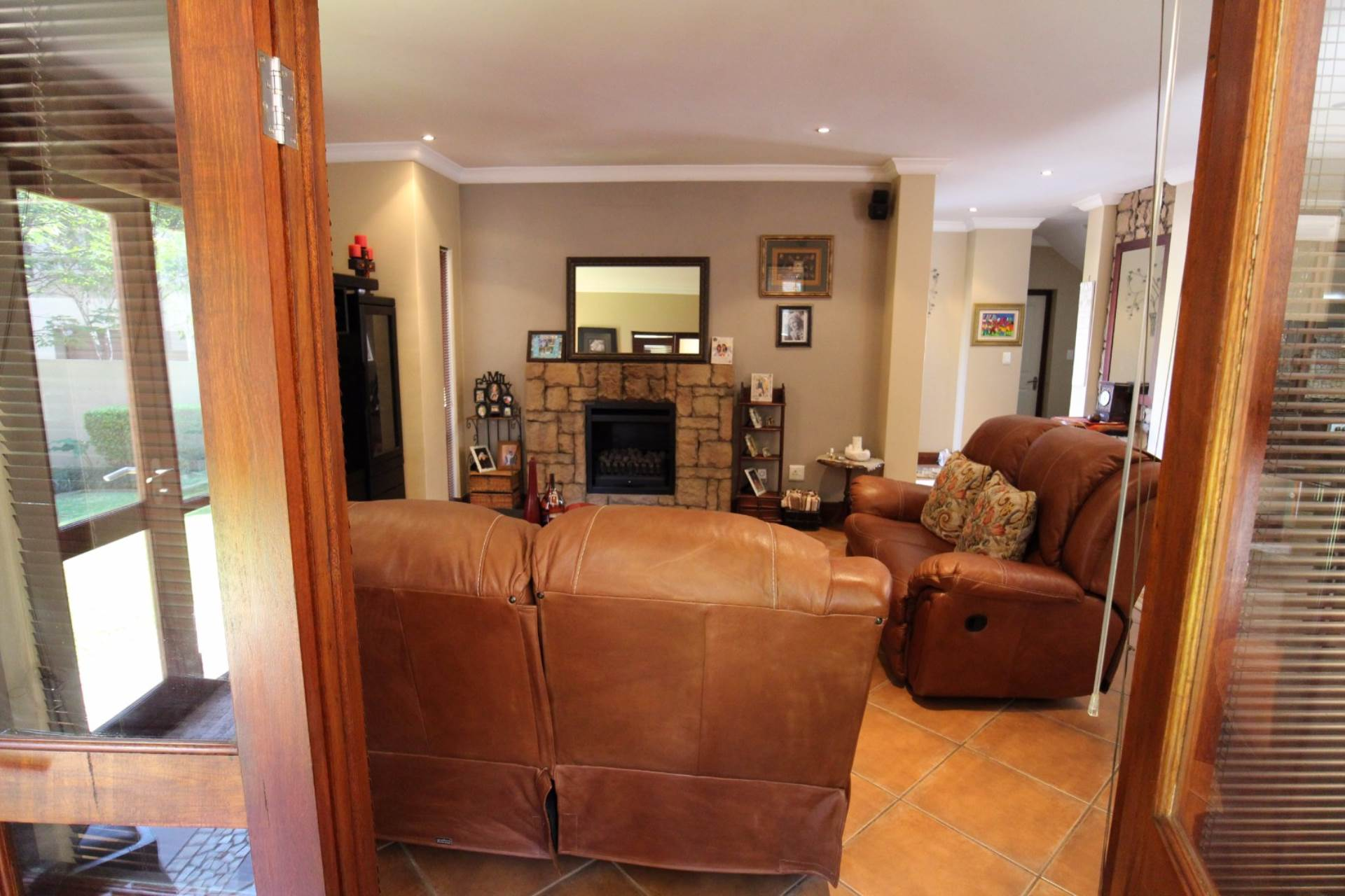 Silver Stream property for sale. Ref No: 13534544. Picture no 4