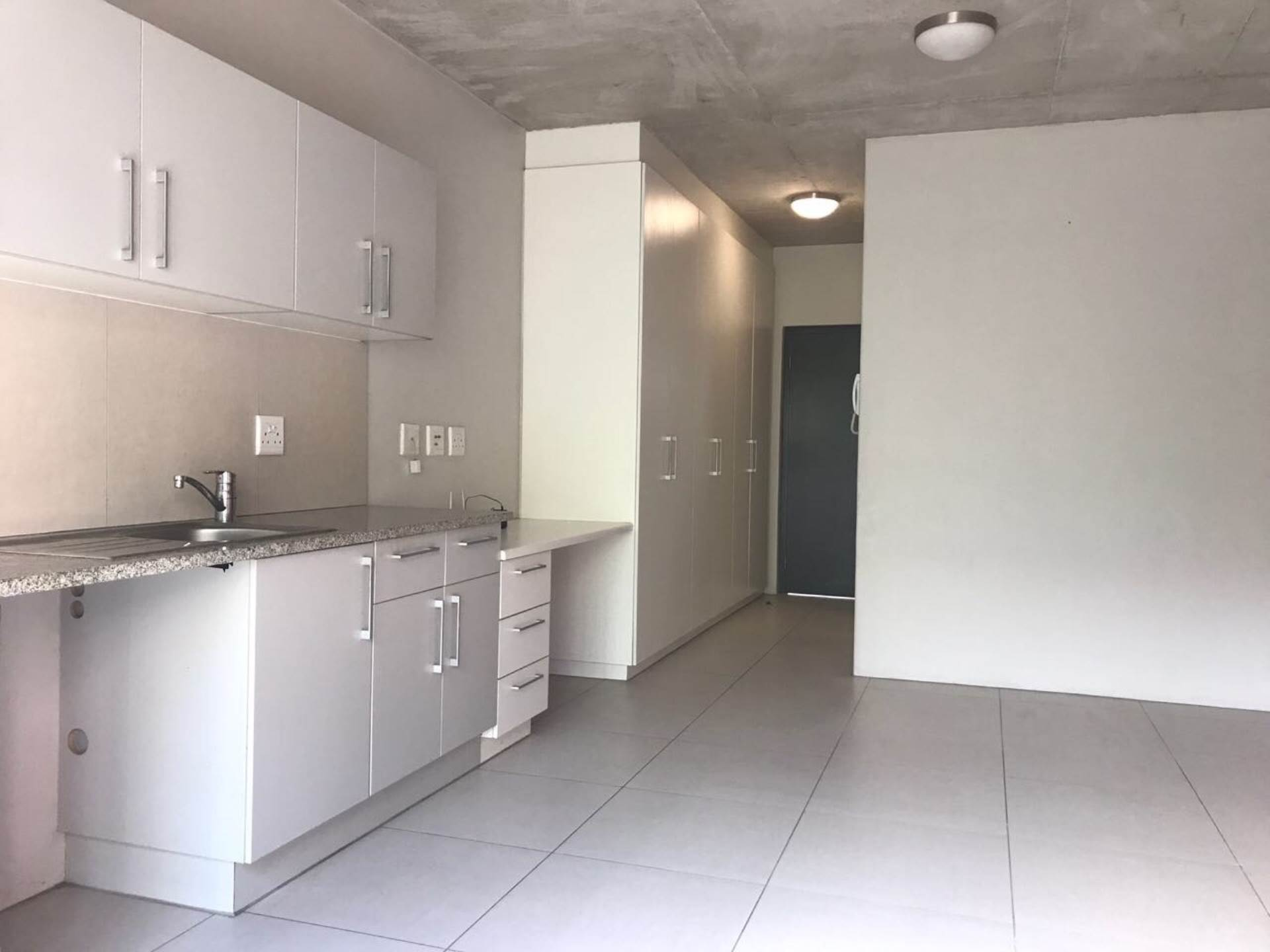Observatory property to rent. Ref No: 13534638. Picture no 11