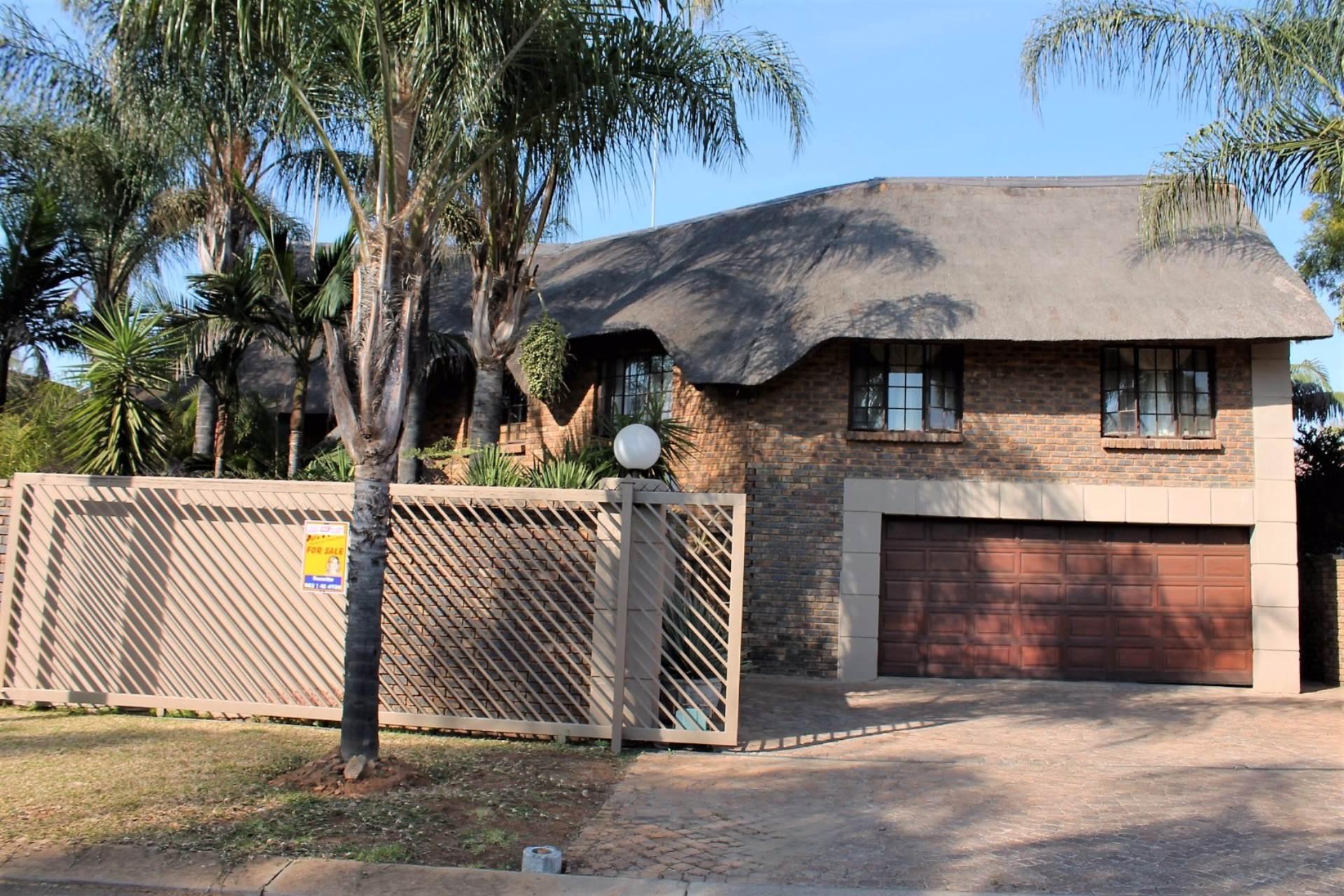 Akasia, Ninapark Property  | Houses For Sale Ninapark, NINAPARK, House 4 bedrooms property for sale Price:1,480,000