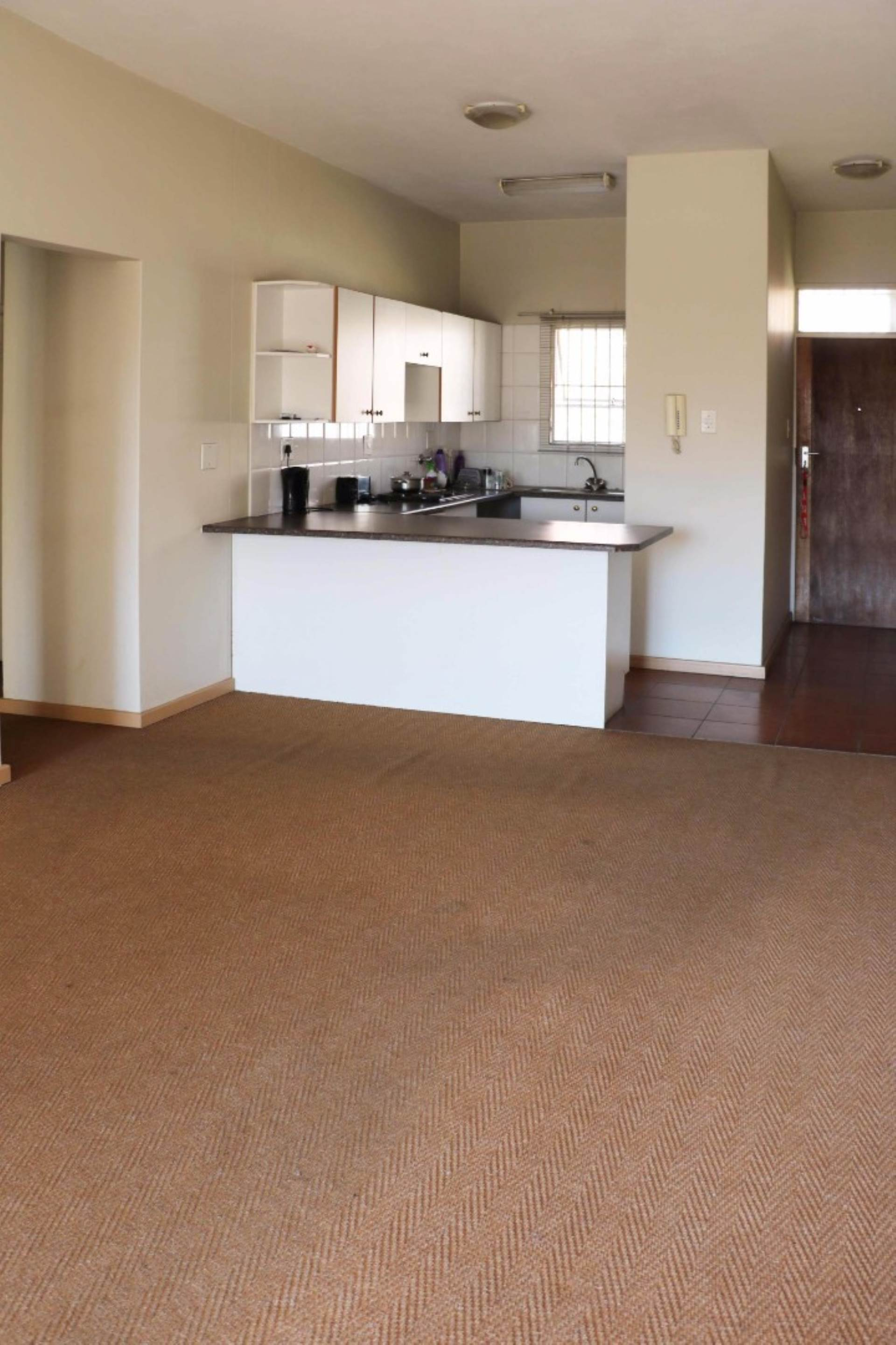 Waterkloof Glen property for sale. Ref No: 13534812. Picture no 3