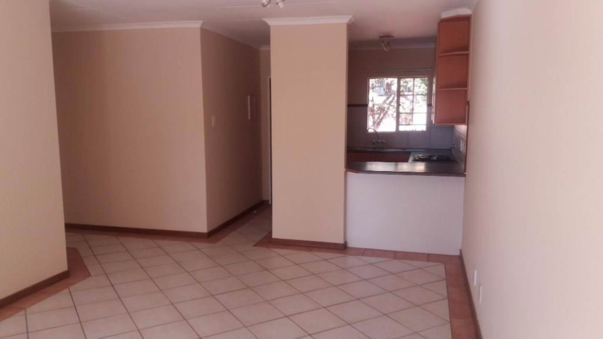 Pretoria, Moreleta Park Property  | Houses To Rent Moreleta Park, MORELETA PARK, Townhouse 3 bedrooms property to rent Price:,  9,00*