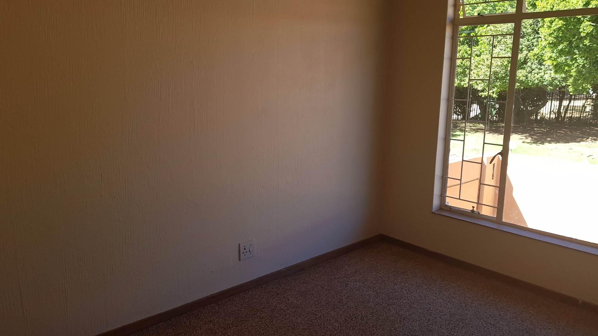 Waterkloof Glen property to rent. Ref No: 13534399. Picture no 17