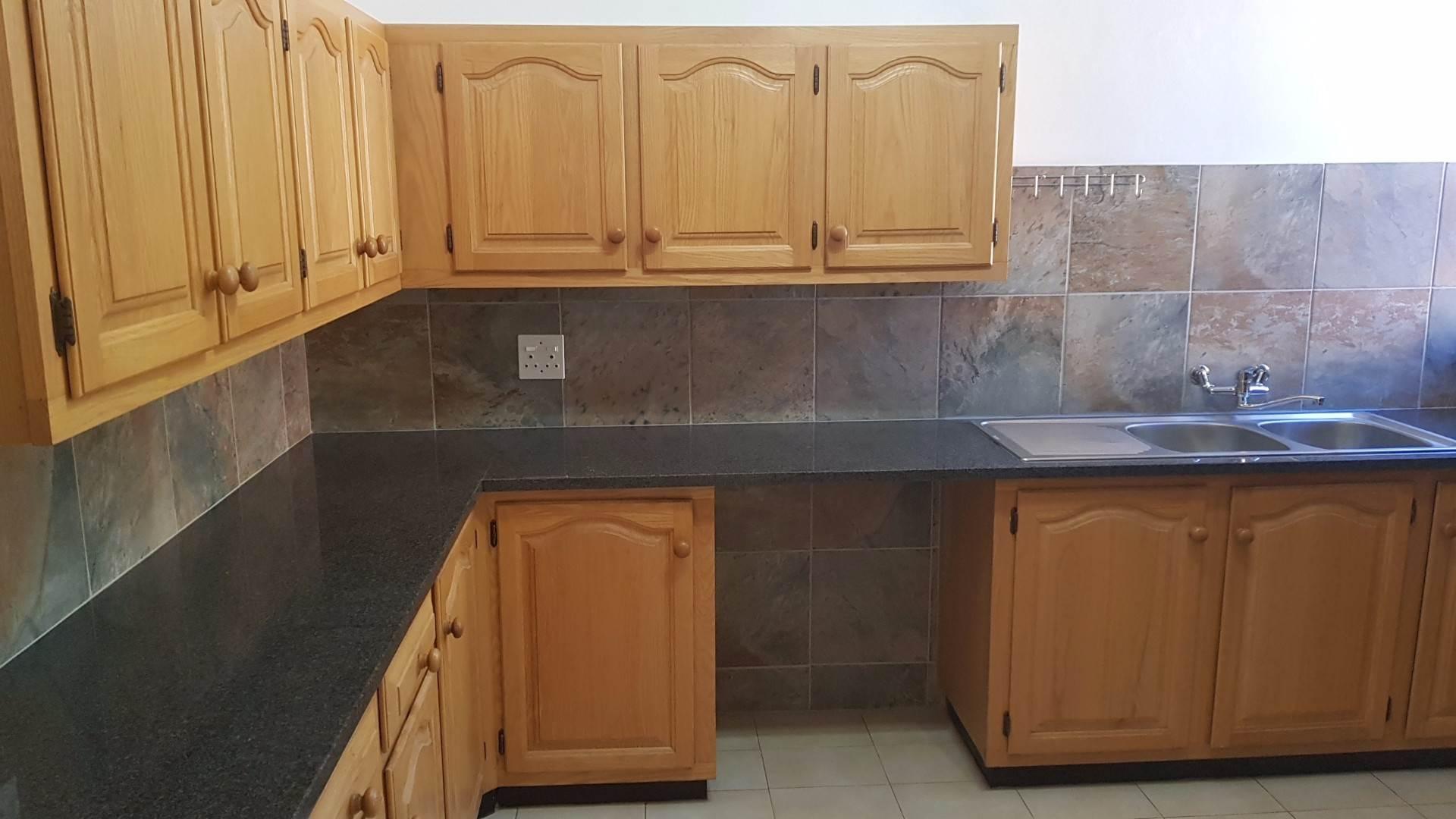 Waterkloof Glen property to rent. Ref No: 13534399. Picture no 8