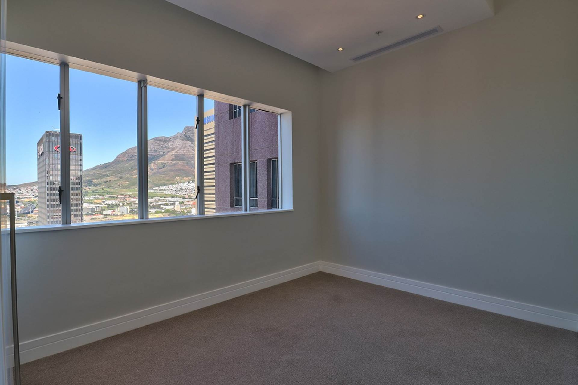 Cape Town property for sale. Ref No: 13534732. Picture no 16