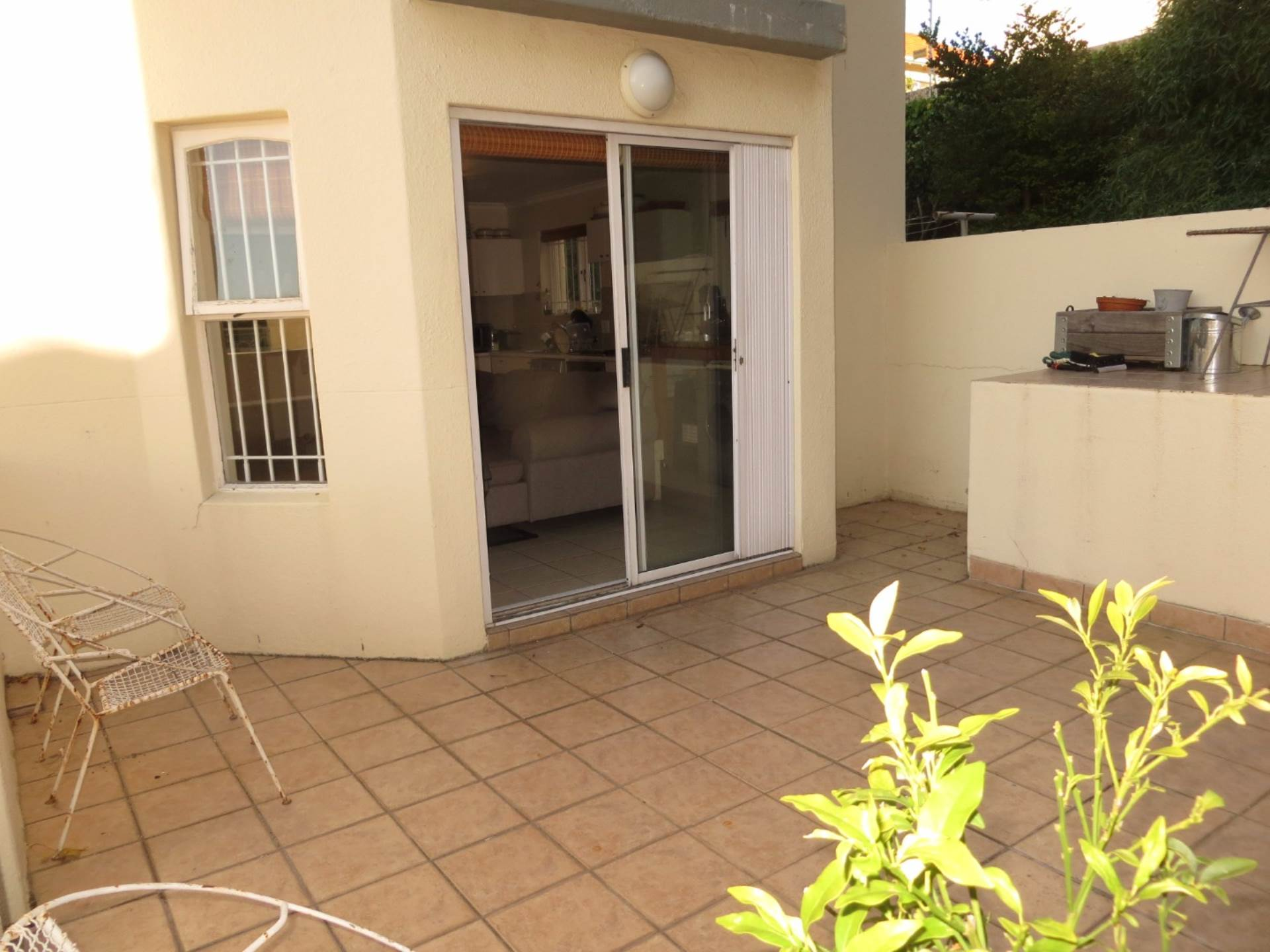 Vredehoek property for sale. Ref No: 13534446. Picture no 4