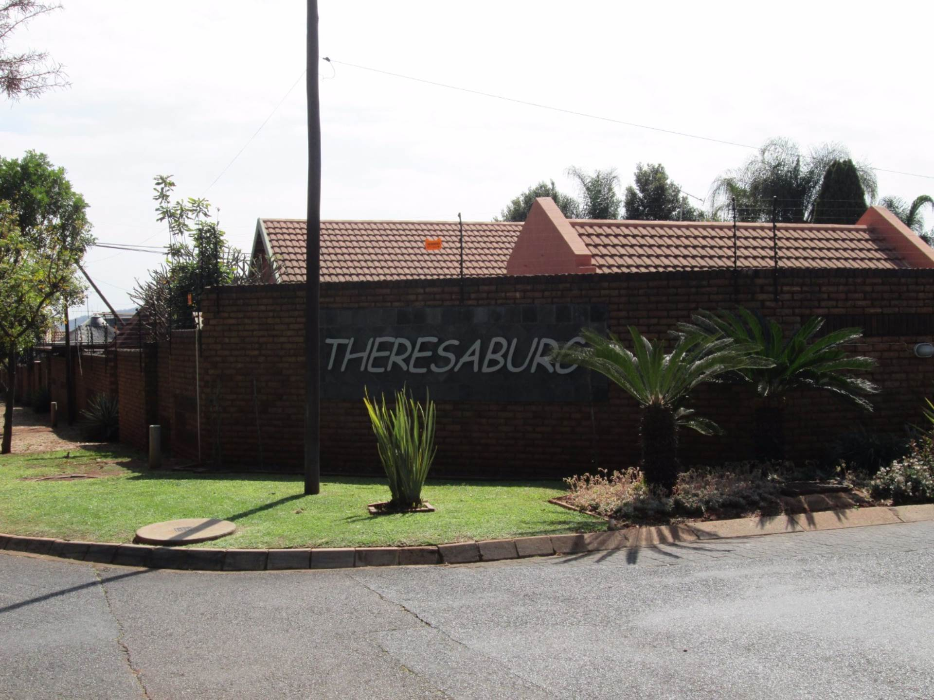 3 BedroomHouse To Rent In Theresapark
