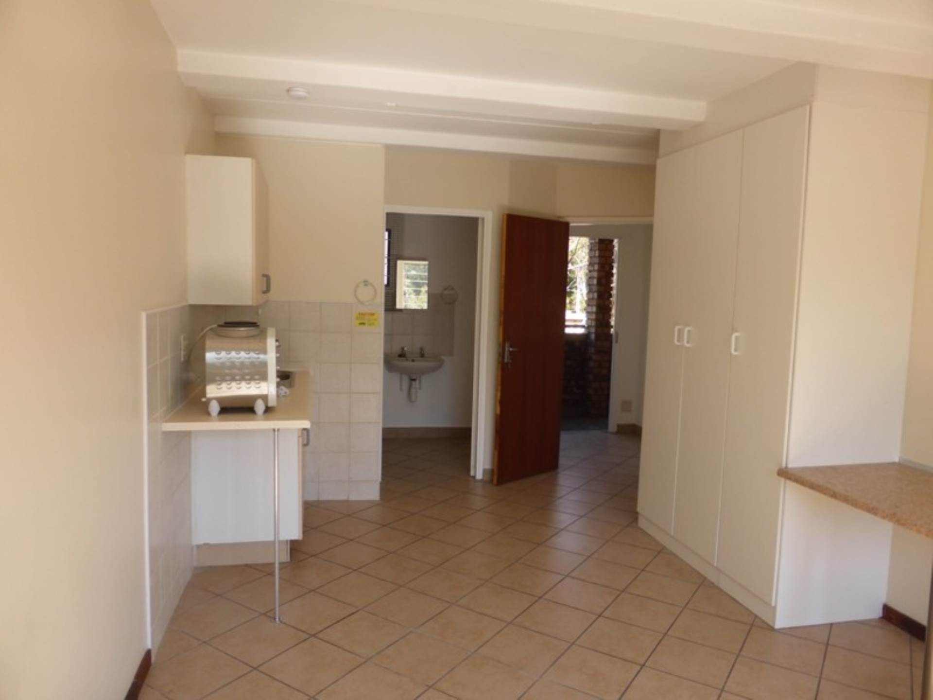 Hatfield property to rent. Ref No: 13536637. Picture no 13