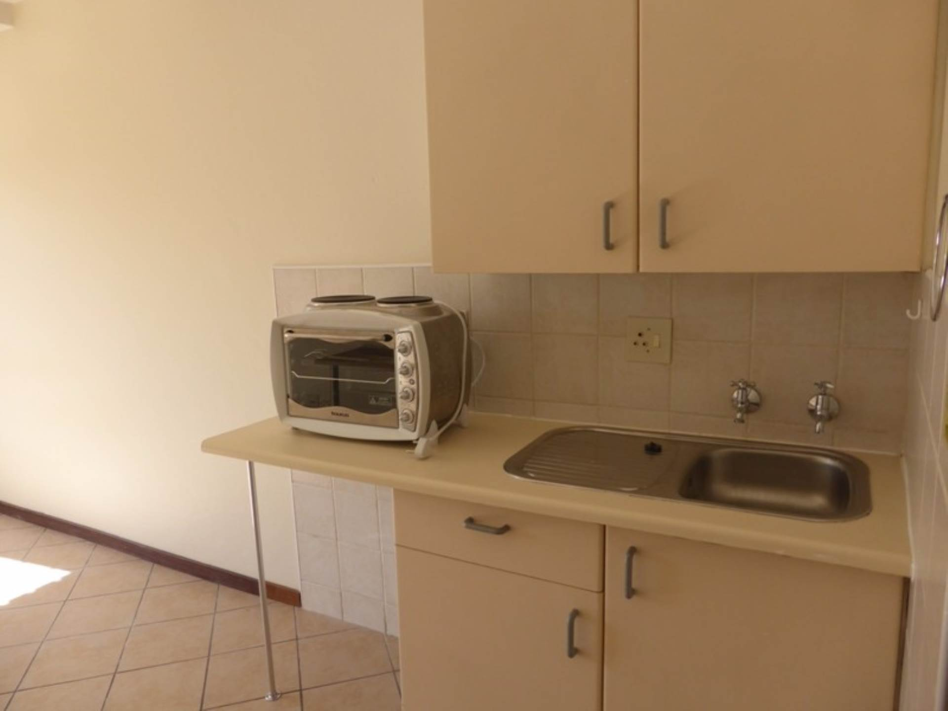 Hatfield property to rent. Ref No: 13536637. Picture no 9