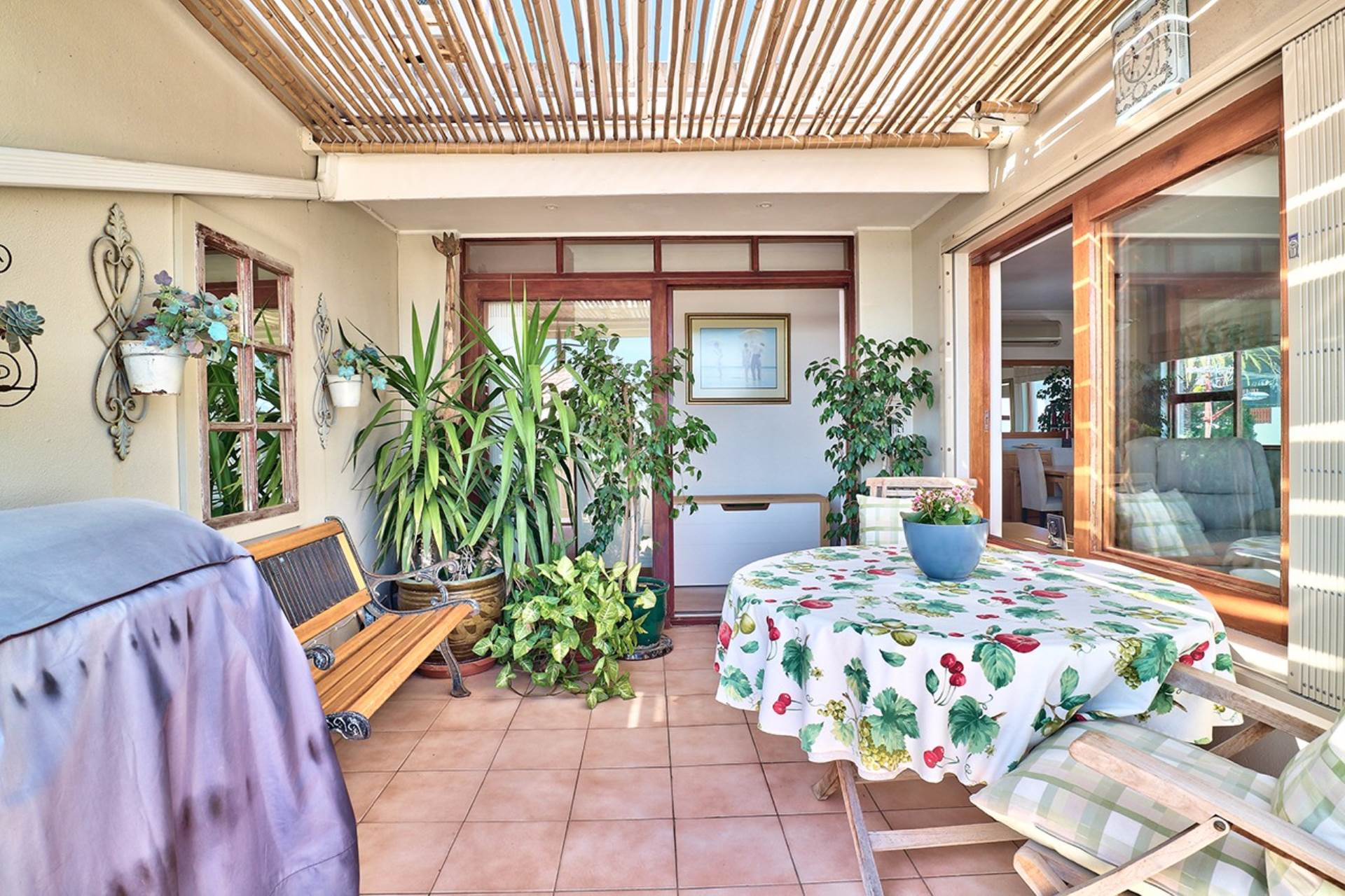 Vredehoek property for sale. Ref No: 13534483. Picture no 8