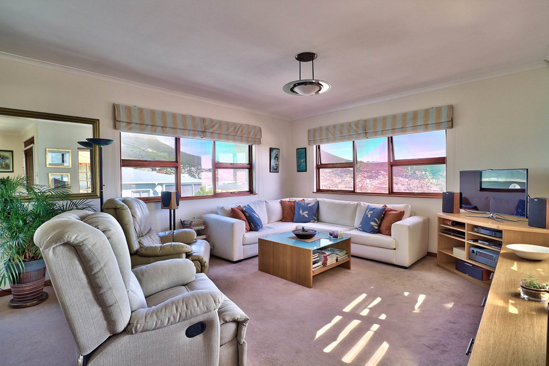 Vredehoek property for sale. Ref No: 13534483. Picture no 7