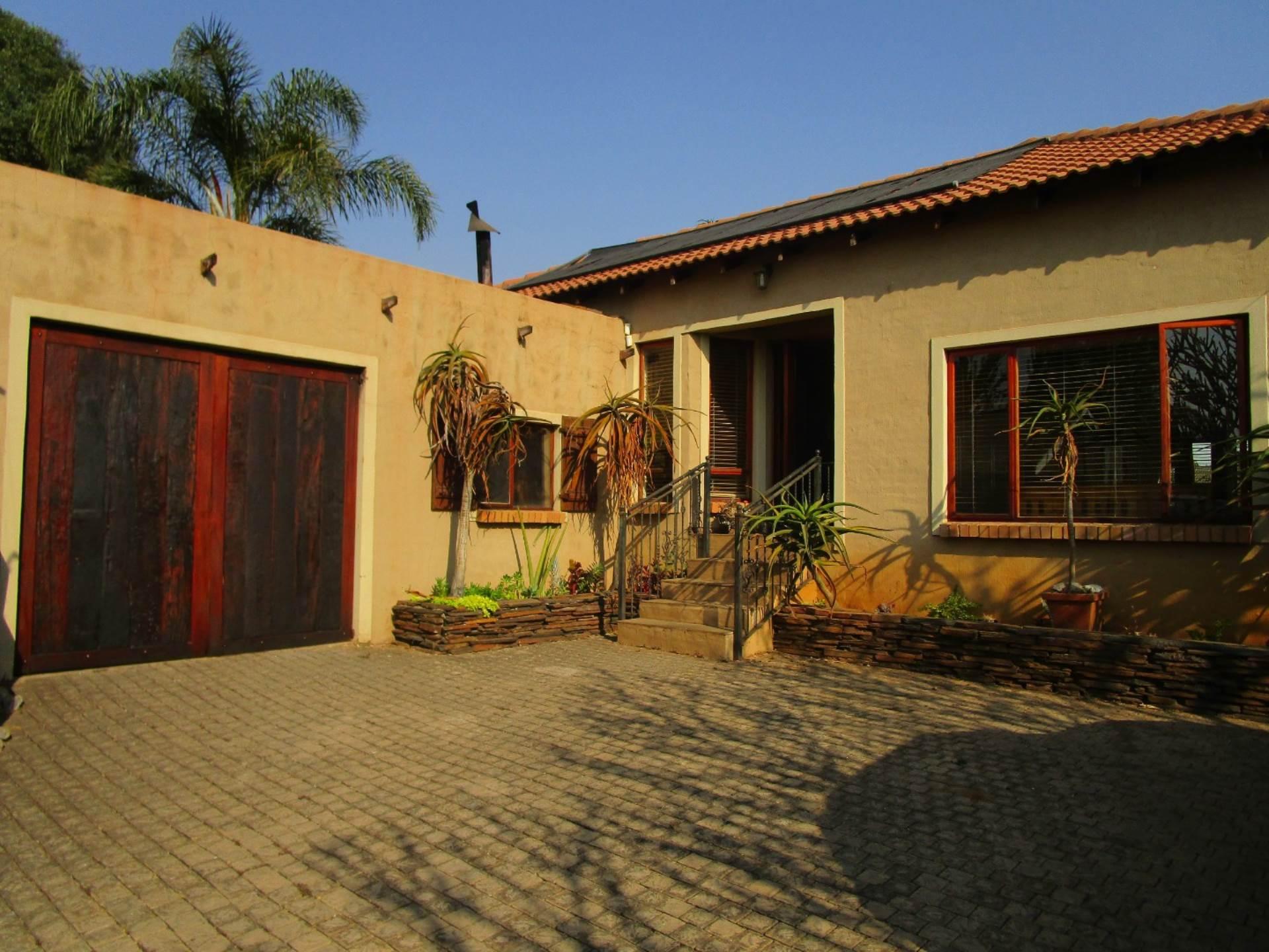 Pretoria, Meyerspark Property  | Houses For Sale Meyerspark, MEYERSPARK, House 2 bedrooms property for sale Price:1,365,000