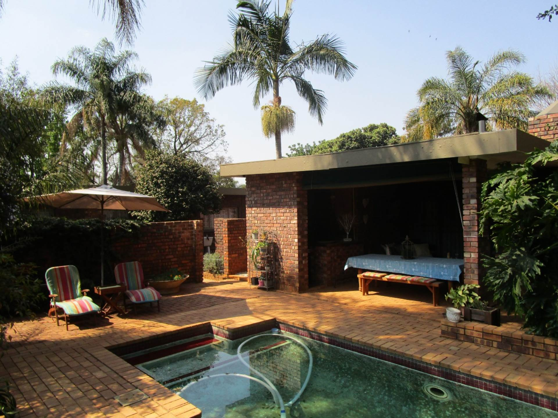 Property and Houses for sale in Meyerspark, House, 4 Bedrooms - ZAR 1,695,000