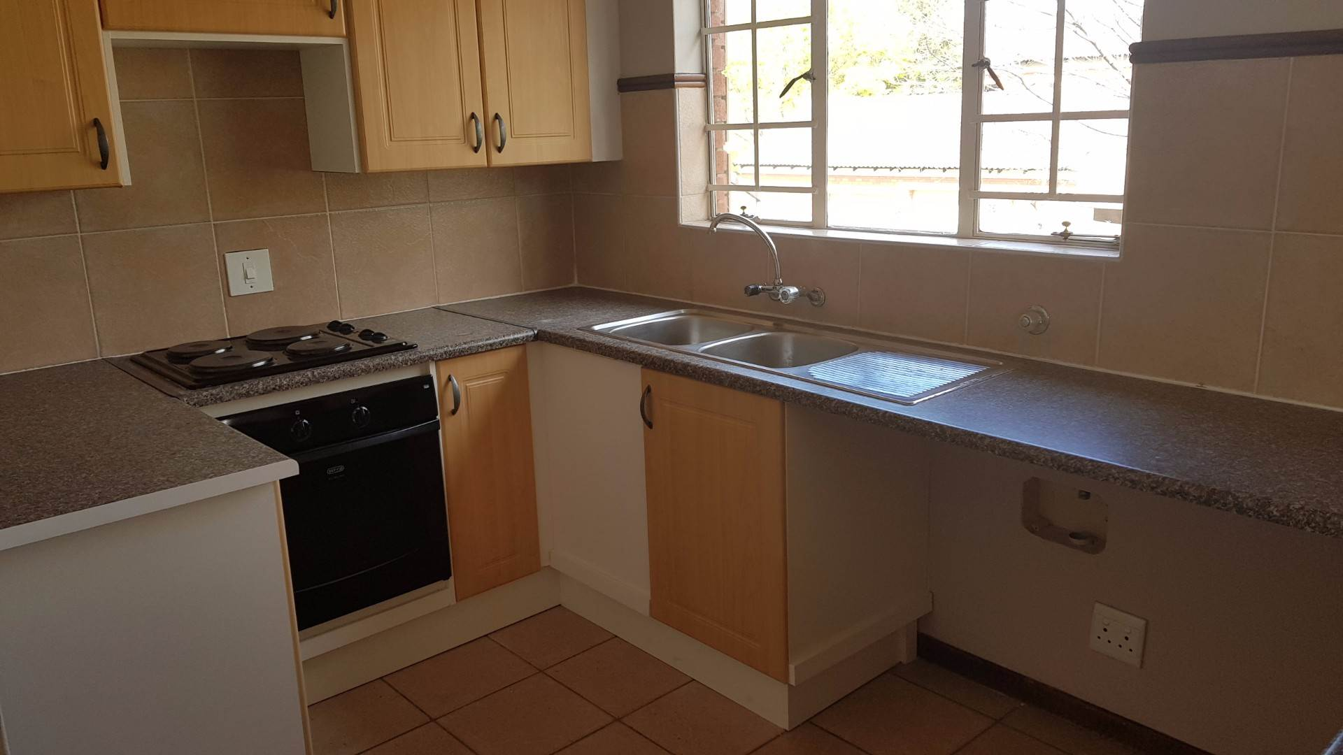 Mooikloof Ridge property to rent. Ref No: 13534361. Picture no 5