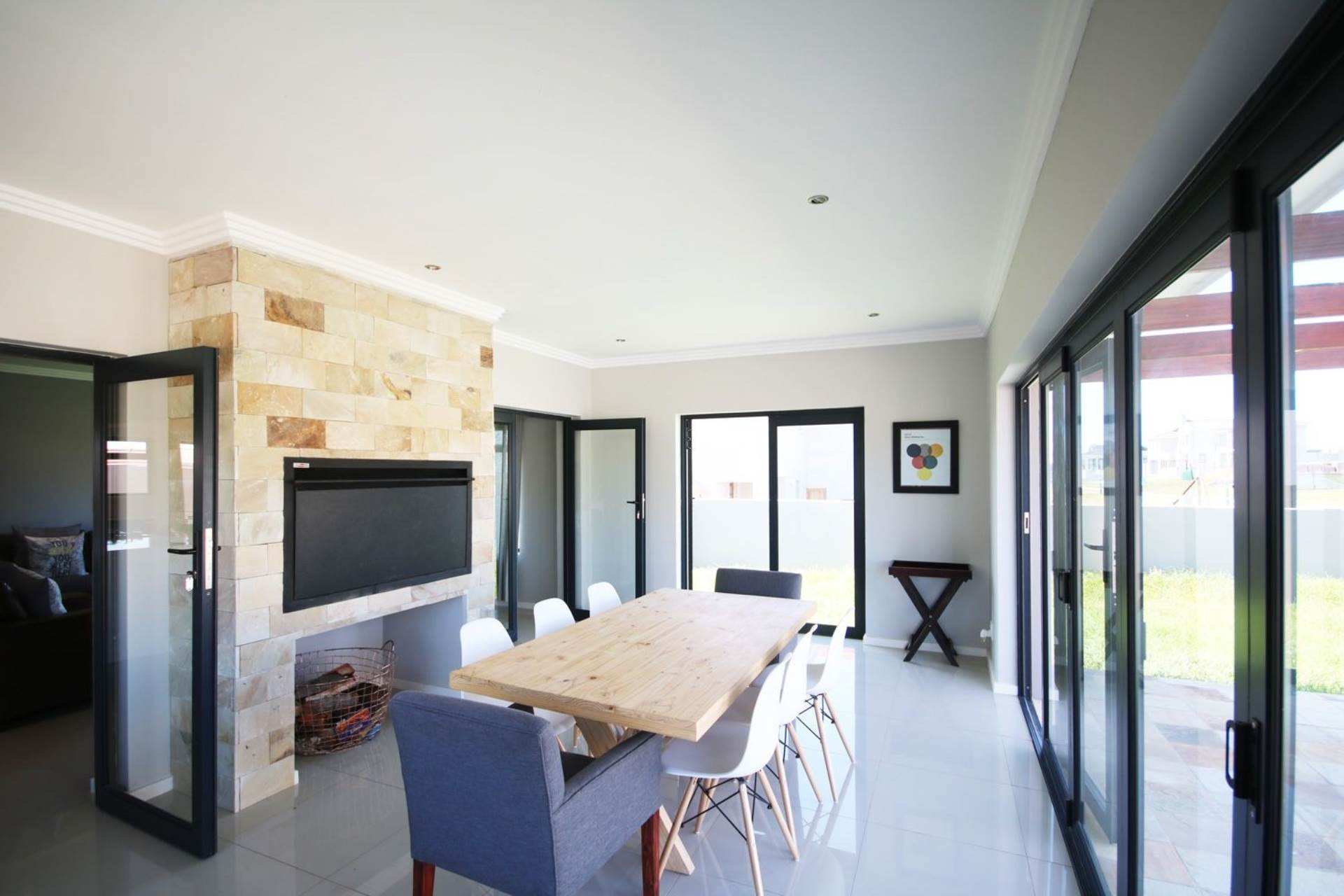3 BedroomHouse For Sale In Kidds Beach