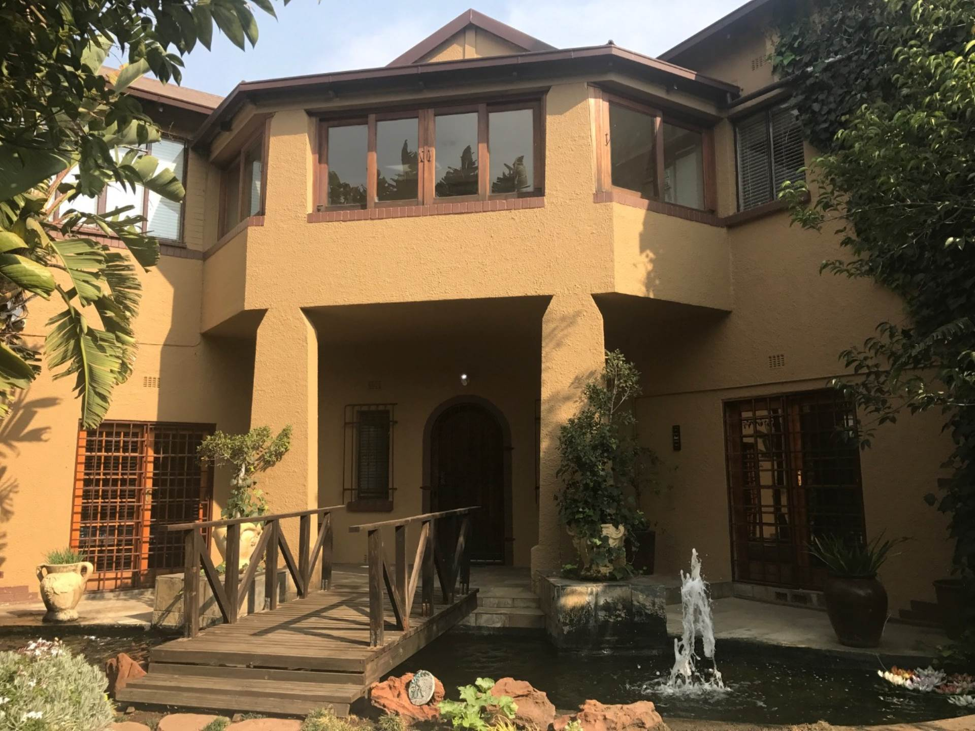 3 BedroomHouse For Sale In Selection Park