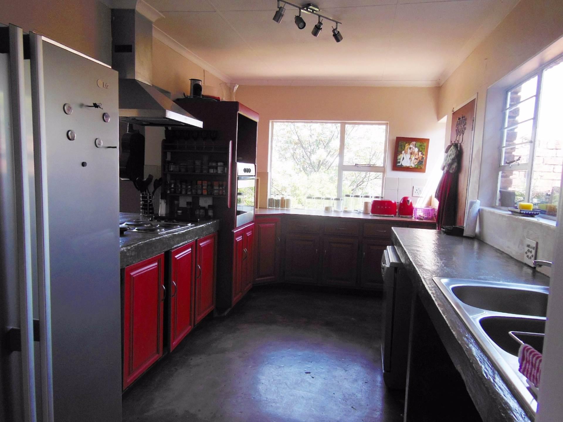 Brummeria property for sale. Ref No: 13534780. Picture no 4