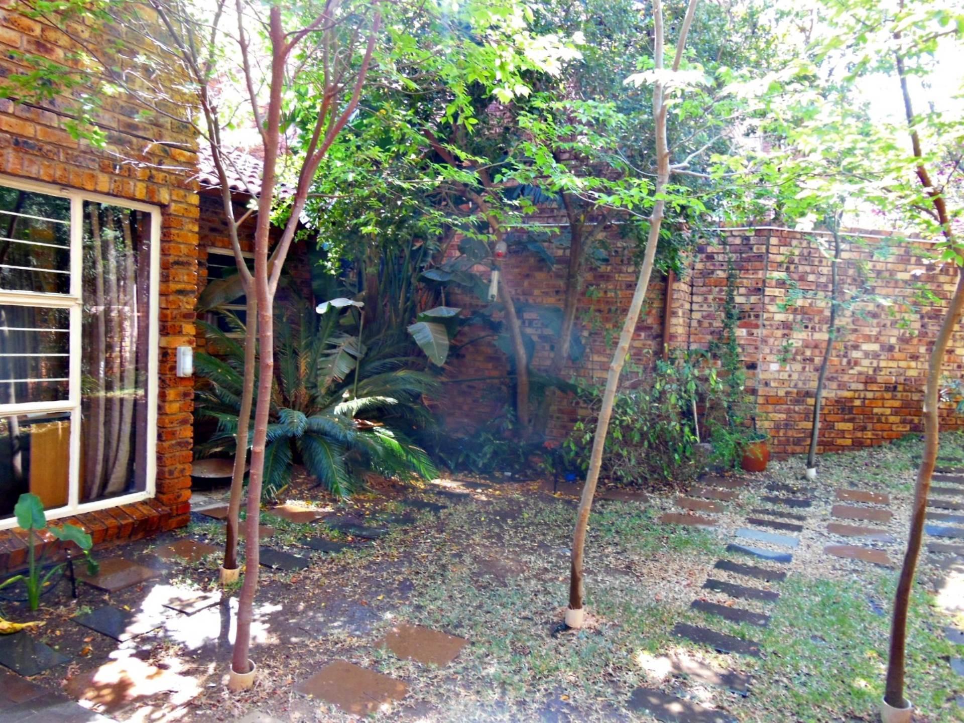 Brummeria property for sale. Ref No: 13534780. Picture no 17