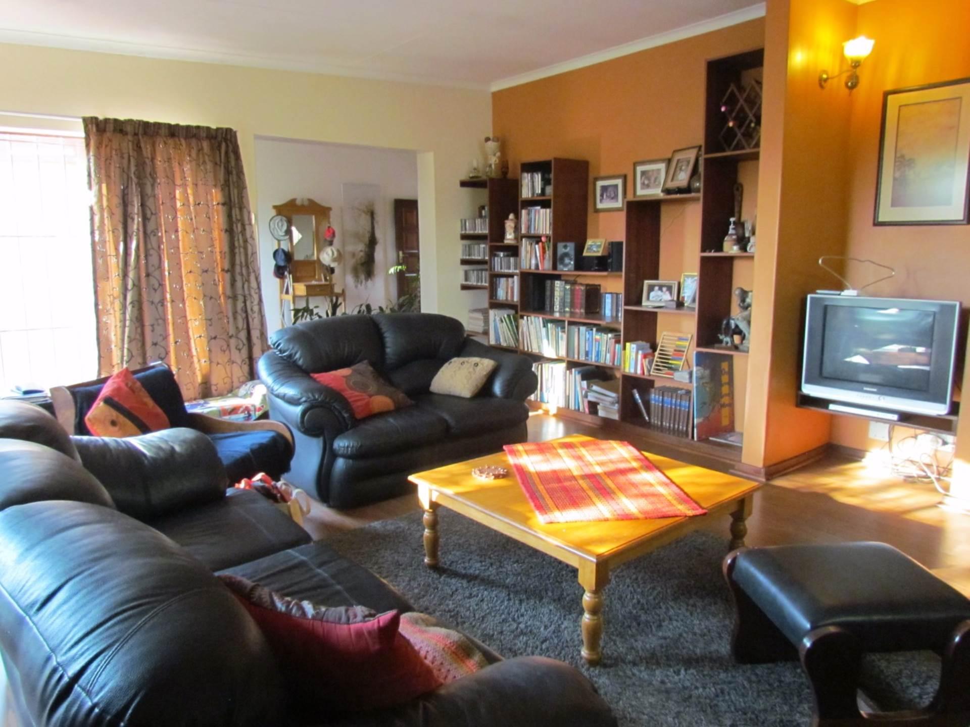 Elarduspark property for sale. Ref No: 13534504. Picture no 15