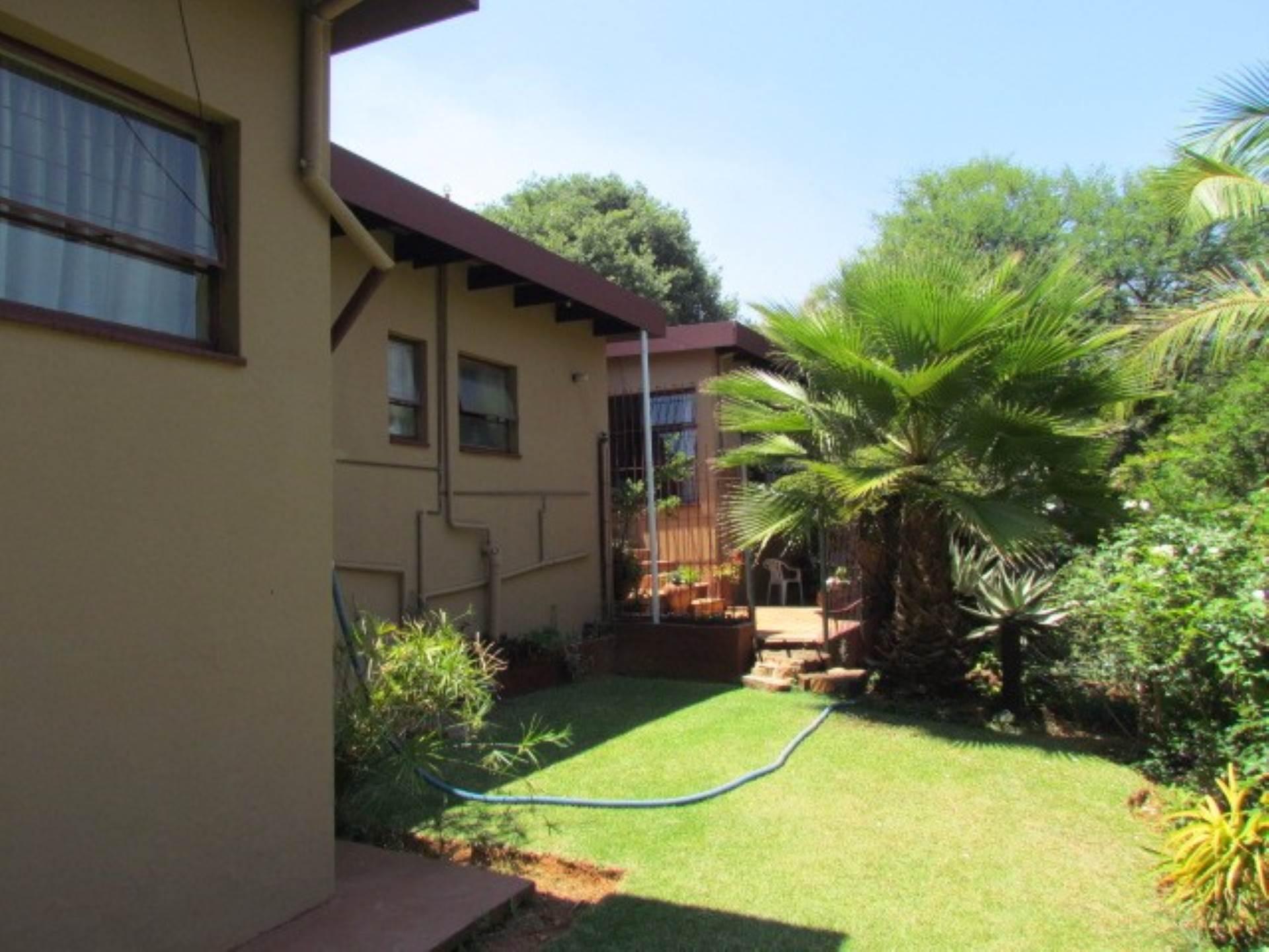 Elarduspark property for sale. Ref No: 13534504. Picture no 43
