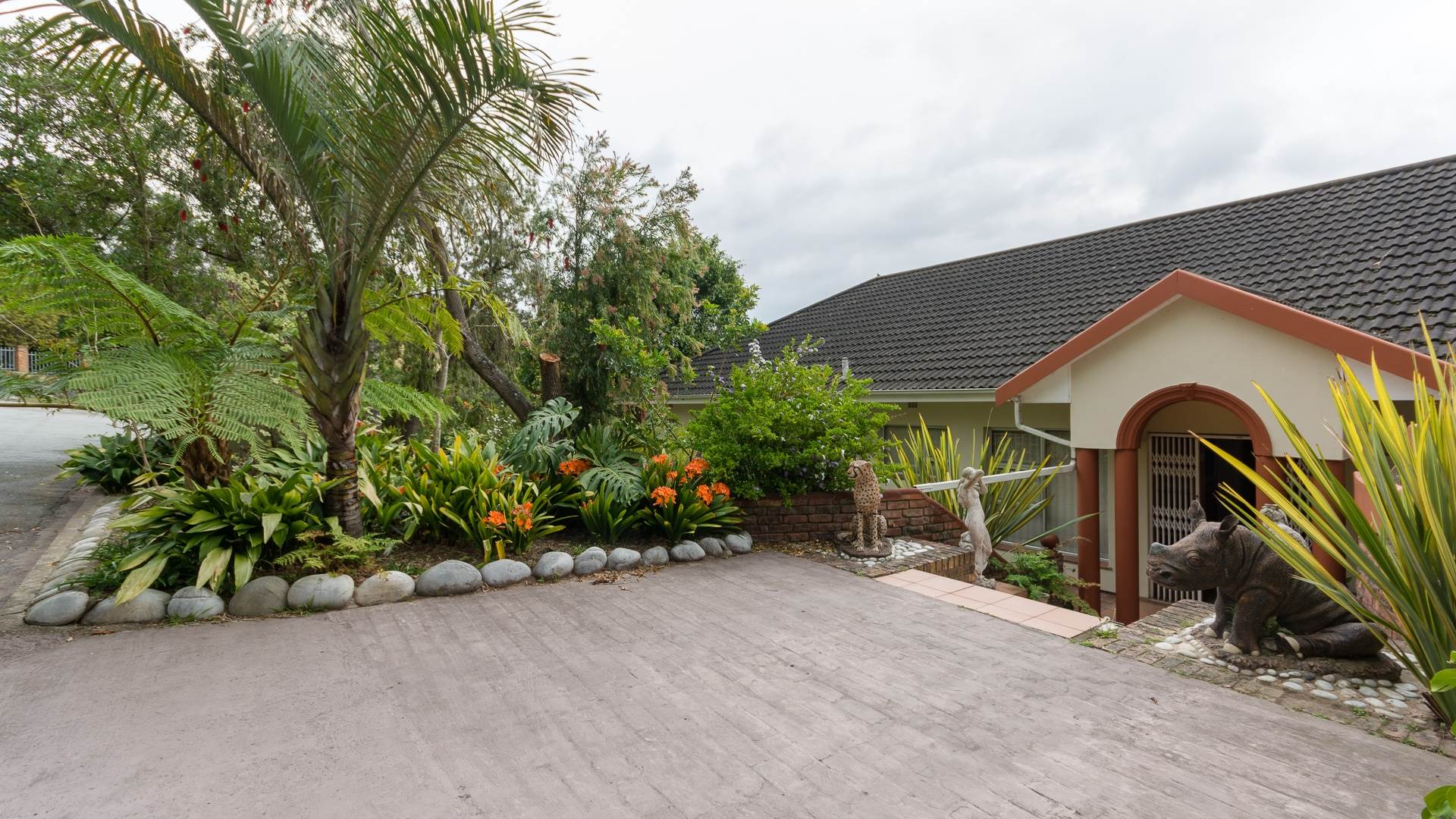 4 BedroomHouse For Sale In Bergsig