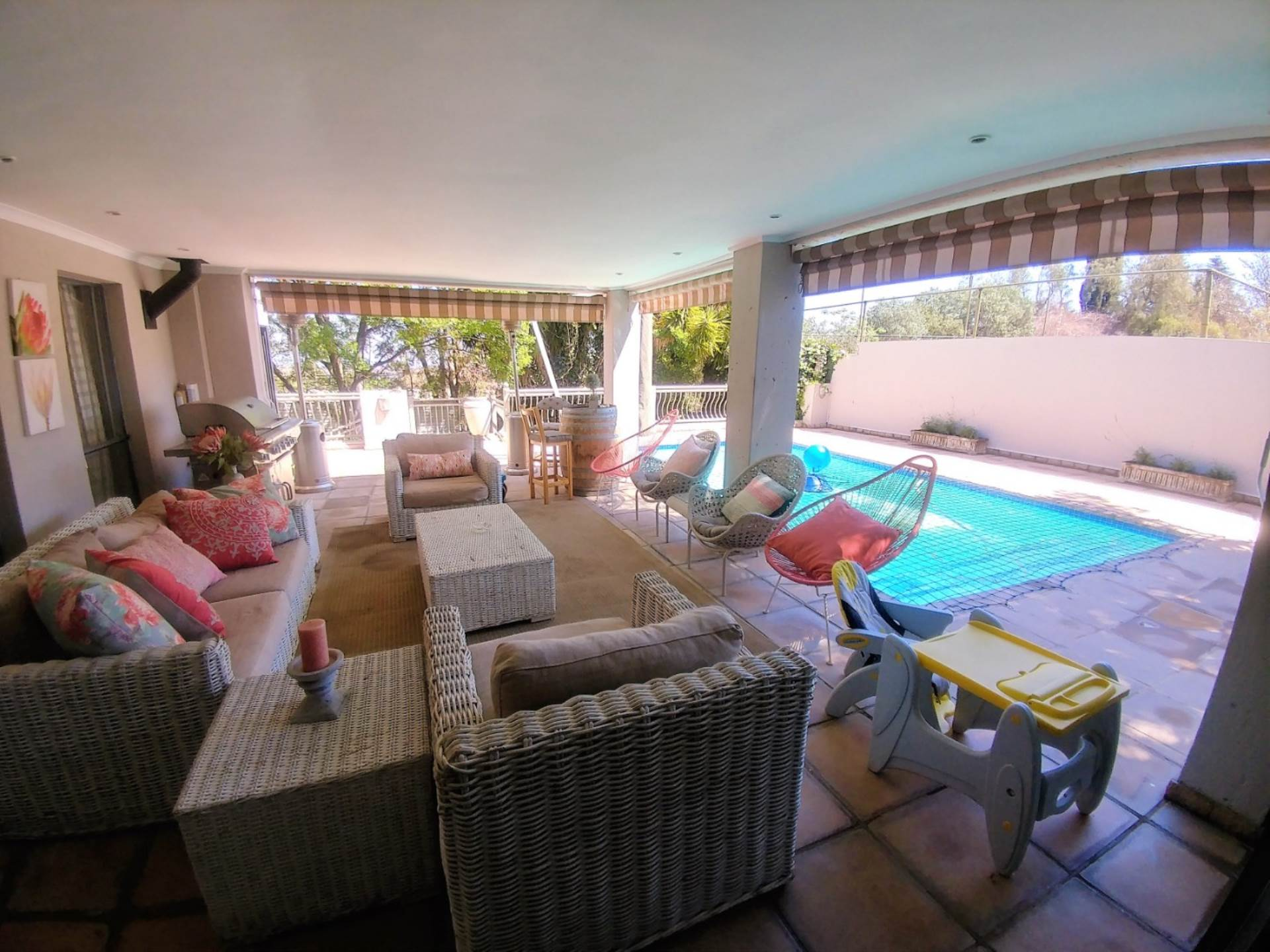 Waterkloof Ridge And Ext property for sale. Ref No: 13534818. Picture no 10