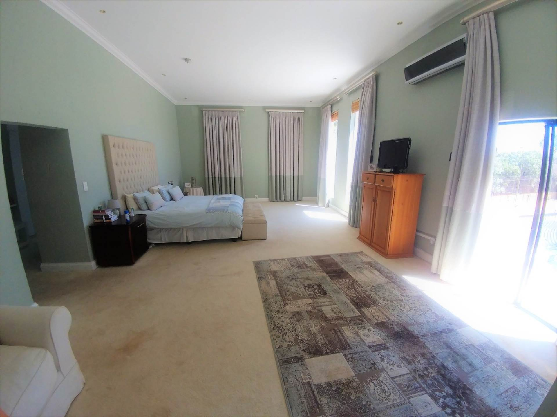 Waterkloof Ridge And Ext property for sale. Ref No: 13534818. Picture no 19